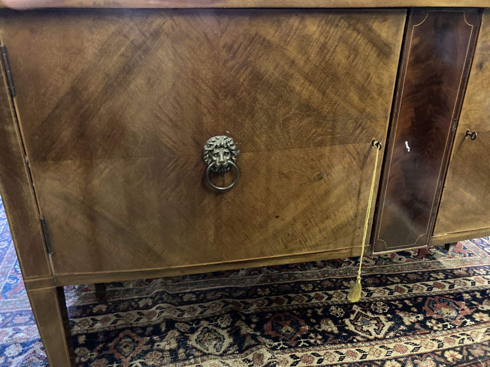 An Edwardian mahogany bow fronted sideboard, length 137cm, depth 60cm, height 91cm - Image 6 of 7