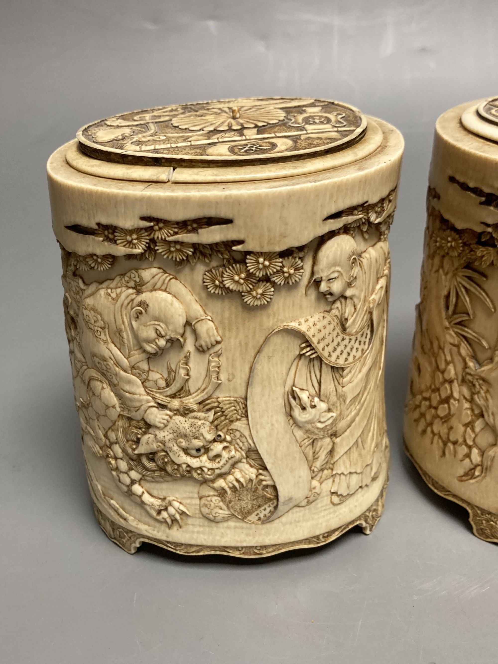 A pair of 19th century Chinese finely carved ivory lidded pots, 12.5cm high and Japanese - Image 3 of 5