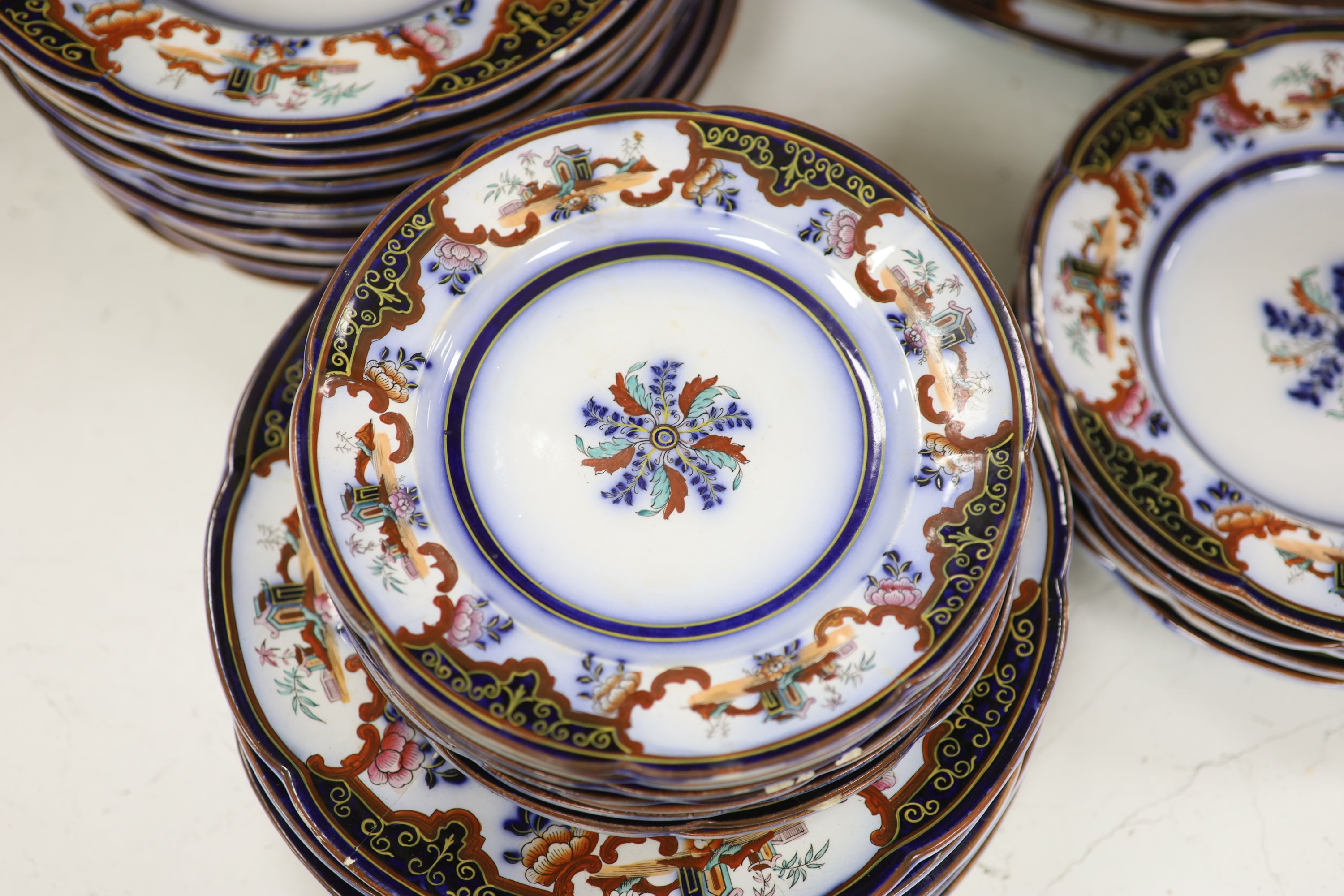 A 19th century earthenware dinner service - Image 2 of 7