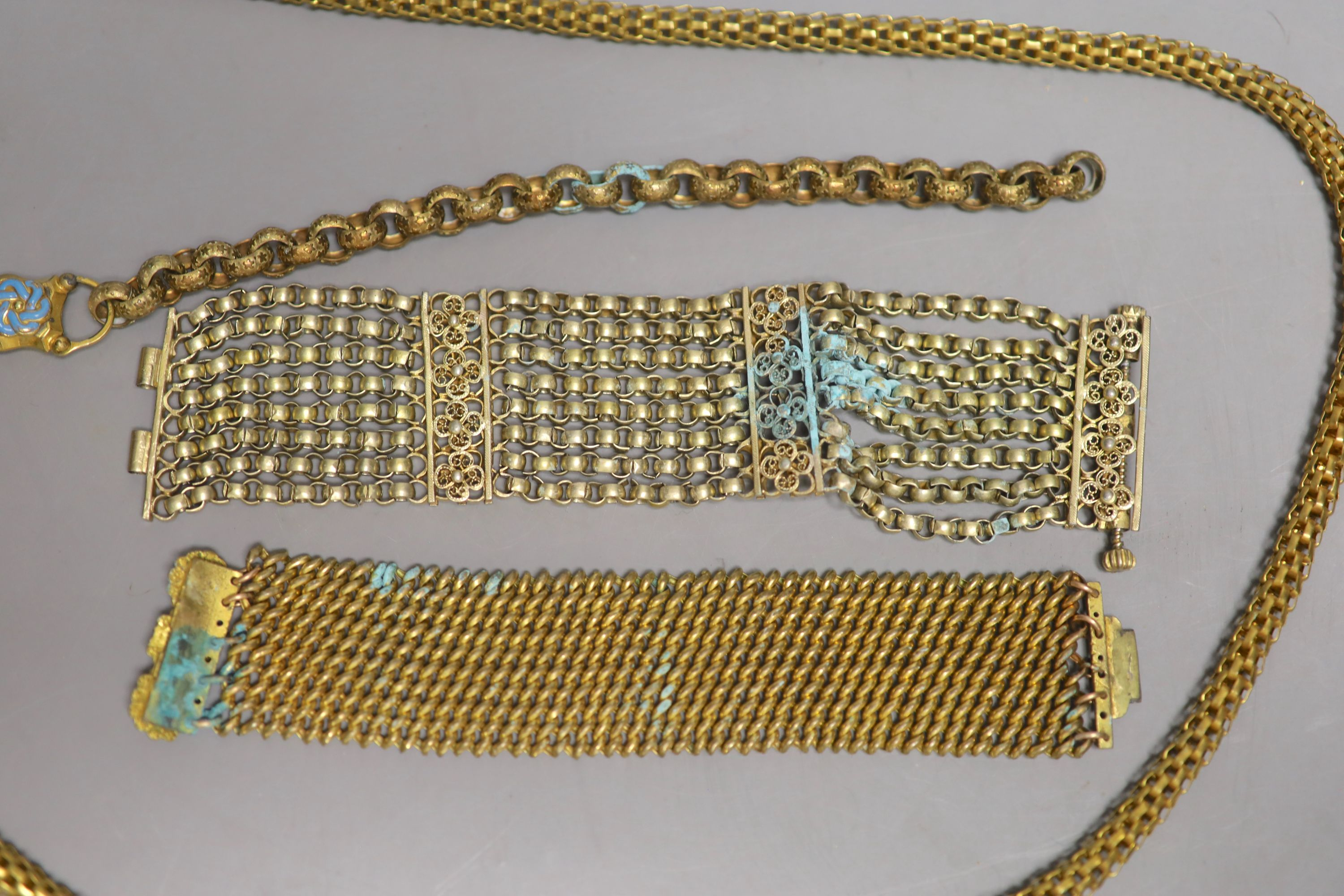 Four items of Victorian pinchbeck jewellery including a serpent necklace, 92cm and three assorted - Image 3 of 3