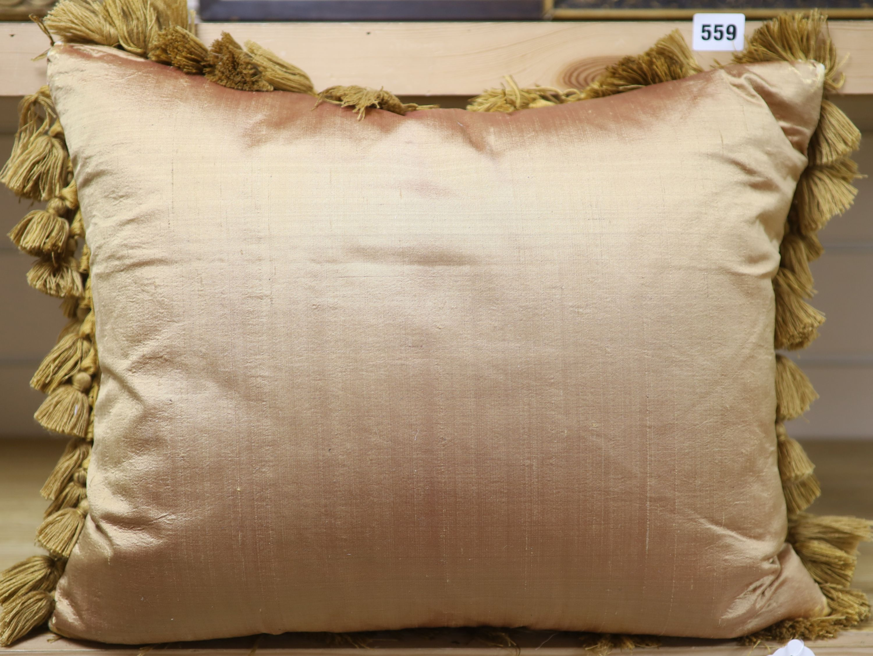 A pair of Aubusson cushions (made from a 19th century Aubusson tapestry)CONDITION: Approx, 42 x - Image 3 of 3