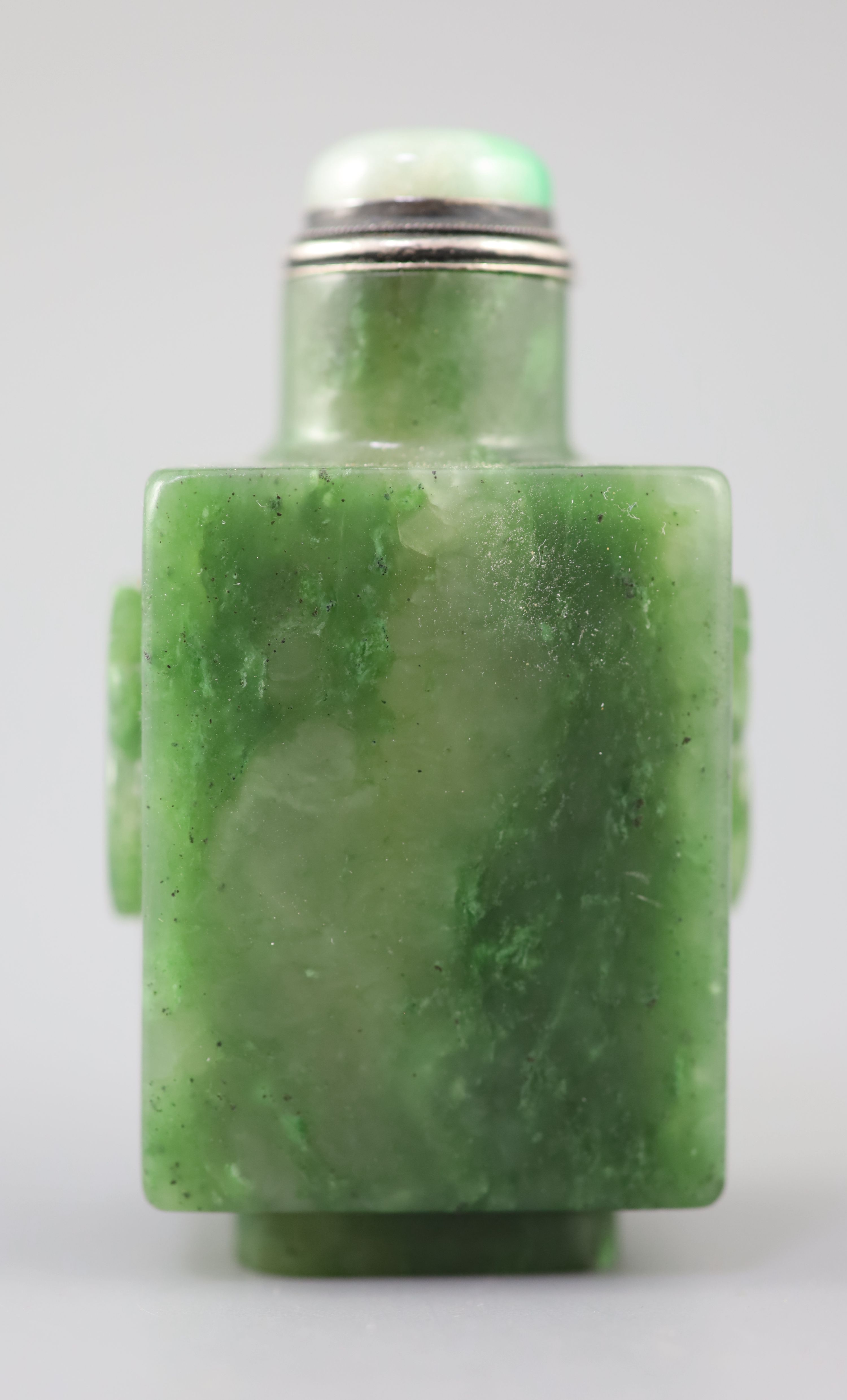 A good Chinese spinach green jade rectangular snuff bottle, 18th/19th century, the sides carved in - Image 2 of 10