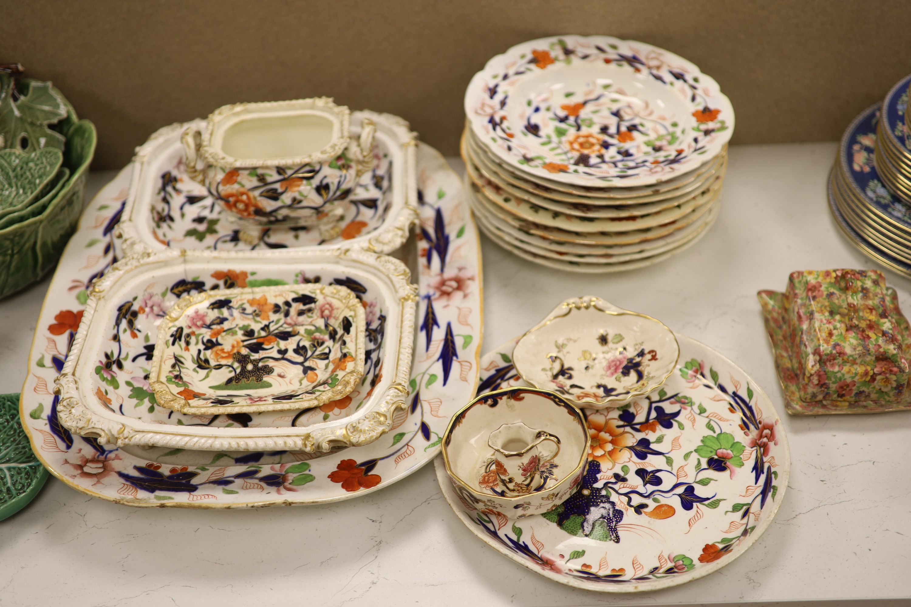 A Wedgwood 'Blue Siam' pattern part dinner service and other mixed ceramics - Image 3 of 8