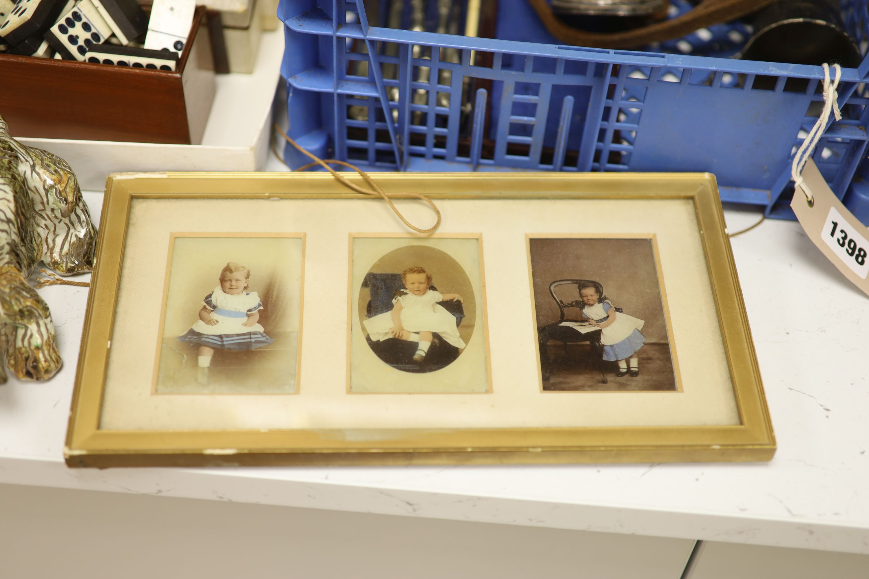 A quantity of mixed collectables including two fans, a pottery dog, camera's etc. - Image 2 of 6