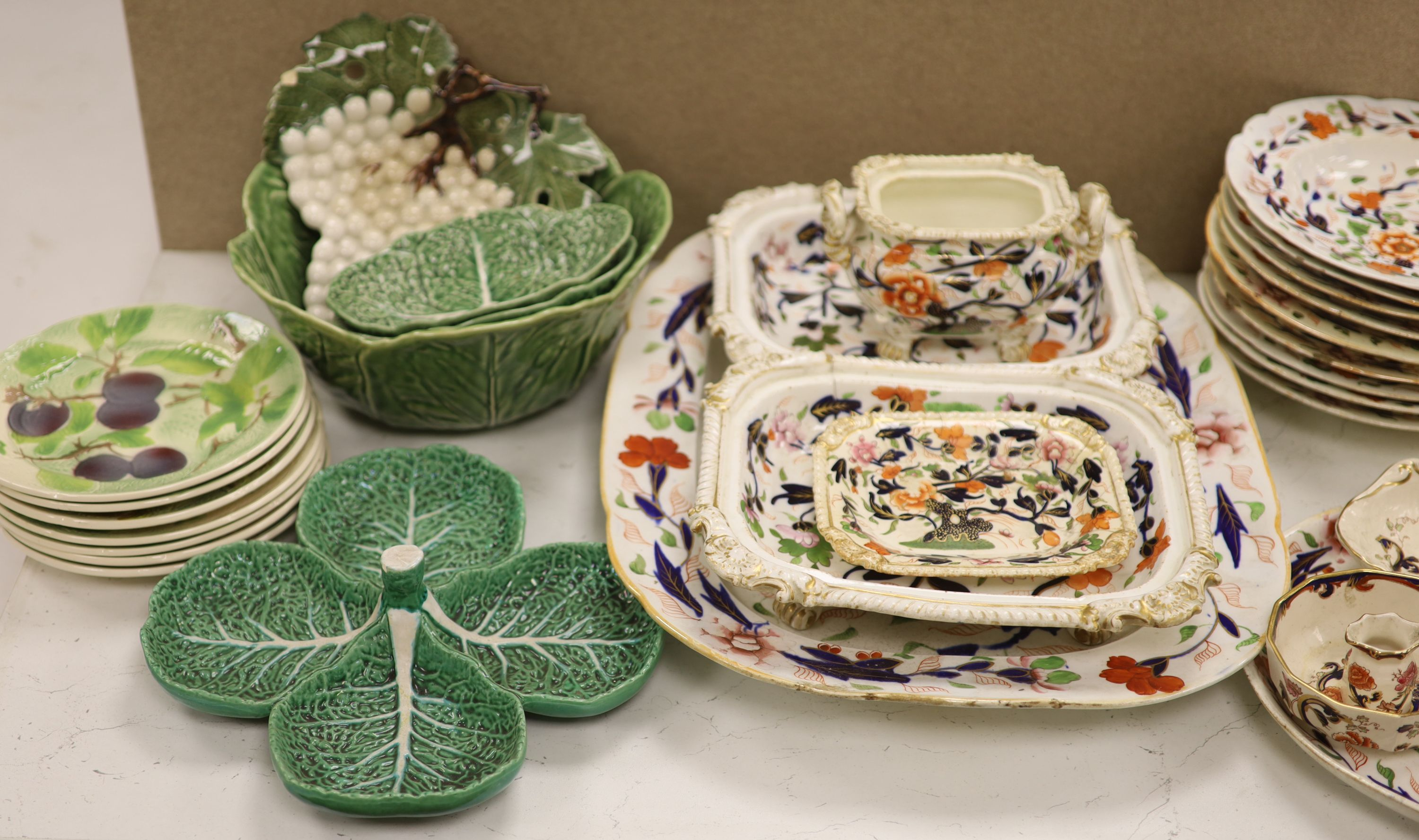 A Wedgwood 'Blue Siam' pattern part dinner service and other mixed ceramics - Image 2 of 8