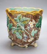 A Wedgwood majolica jardiniere, height 18cm (a.f.)