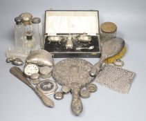 Sundry small silver including cased silver three piece condiment set, silver mounted hand mirror and