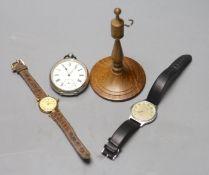 A lady's gilt 925 Must de Cartier quartz wrist watch(a.f.), a gentleman's steel Longines Flagship