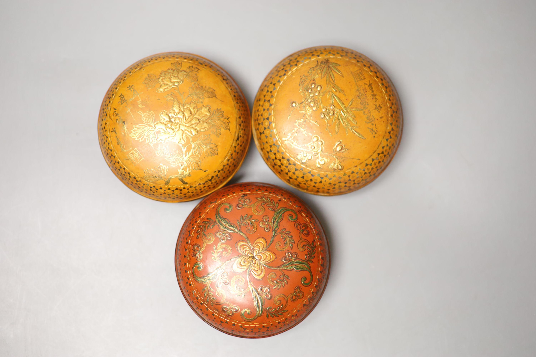 Three circular gilded lacquer boxes and a similar rectangular box - Image 2 of 4
