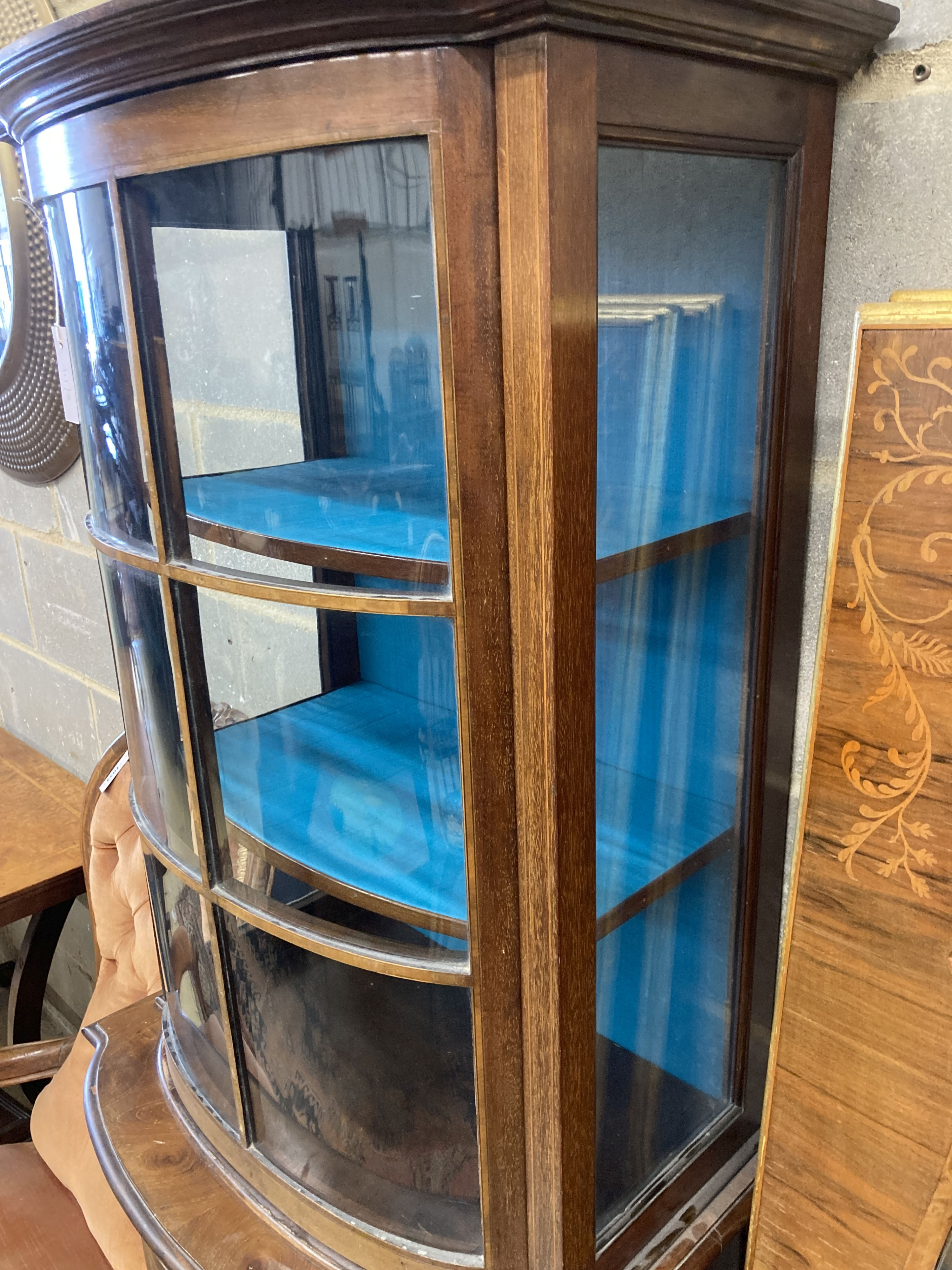 An Edwardian mahogany bowfront narrow display cabinet, width 60cm, depth 36cm, height 164cm - Image 4 of 4