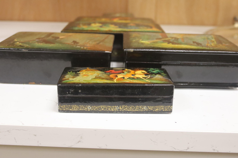 Six various Russian painted papier mache boxes - Image 2 of 5