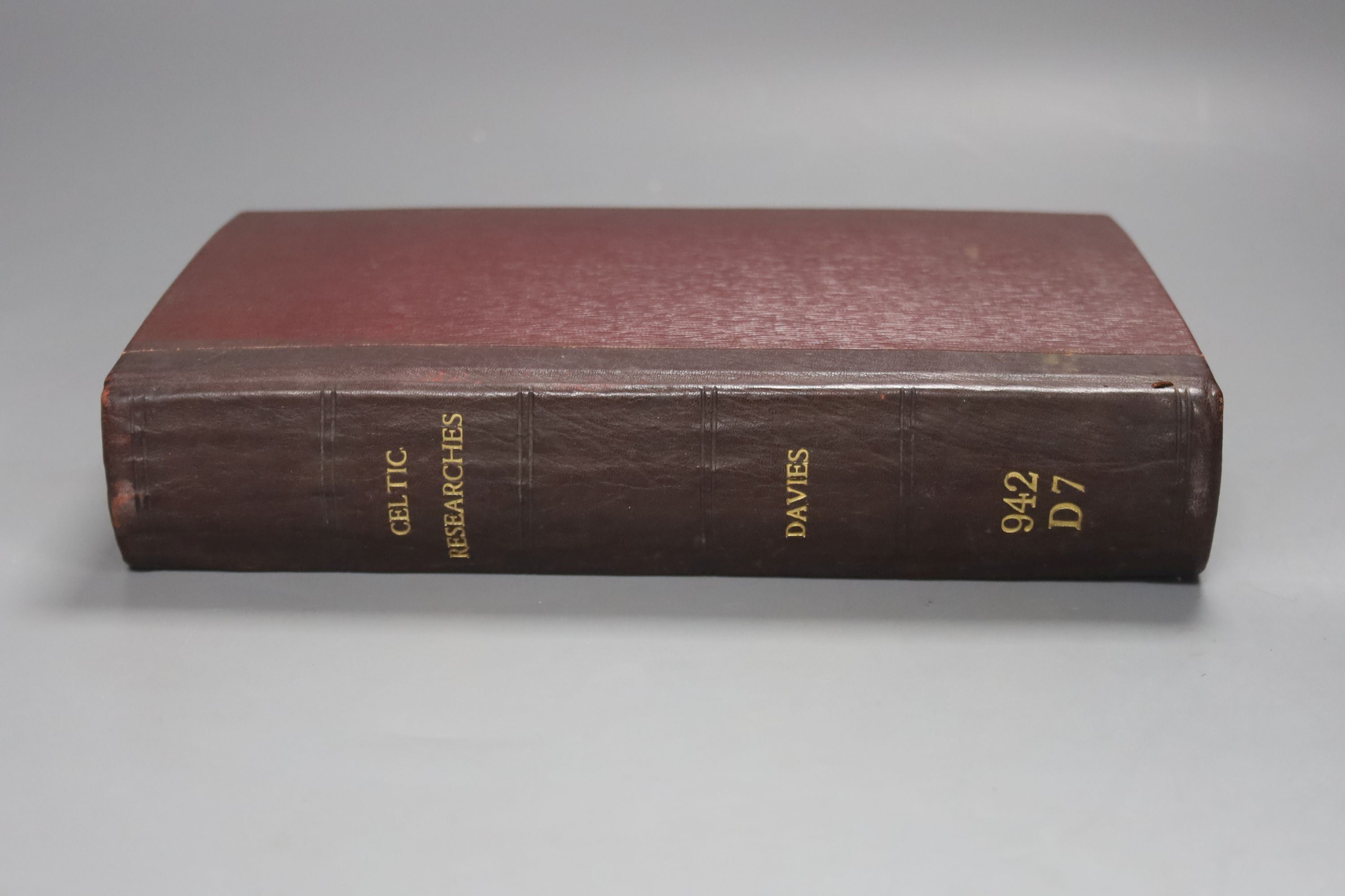 Davies, Edward – Celtic Researches …, Subscriber's list, 2 plates, later leather backed library
