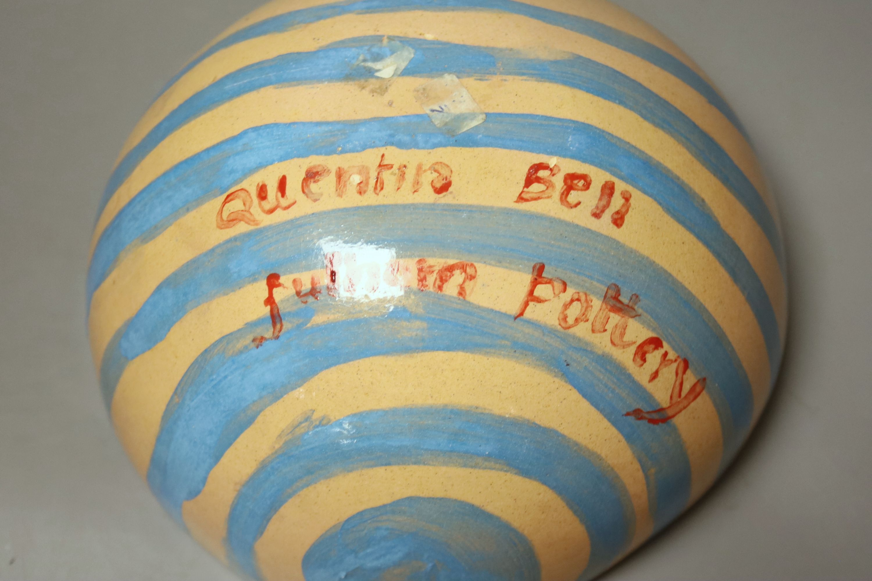 Quentin Bell. A hand painted earthenware bowl, 10cm high - Image 3 of 3
