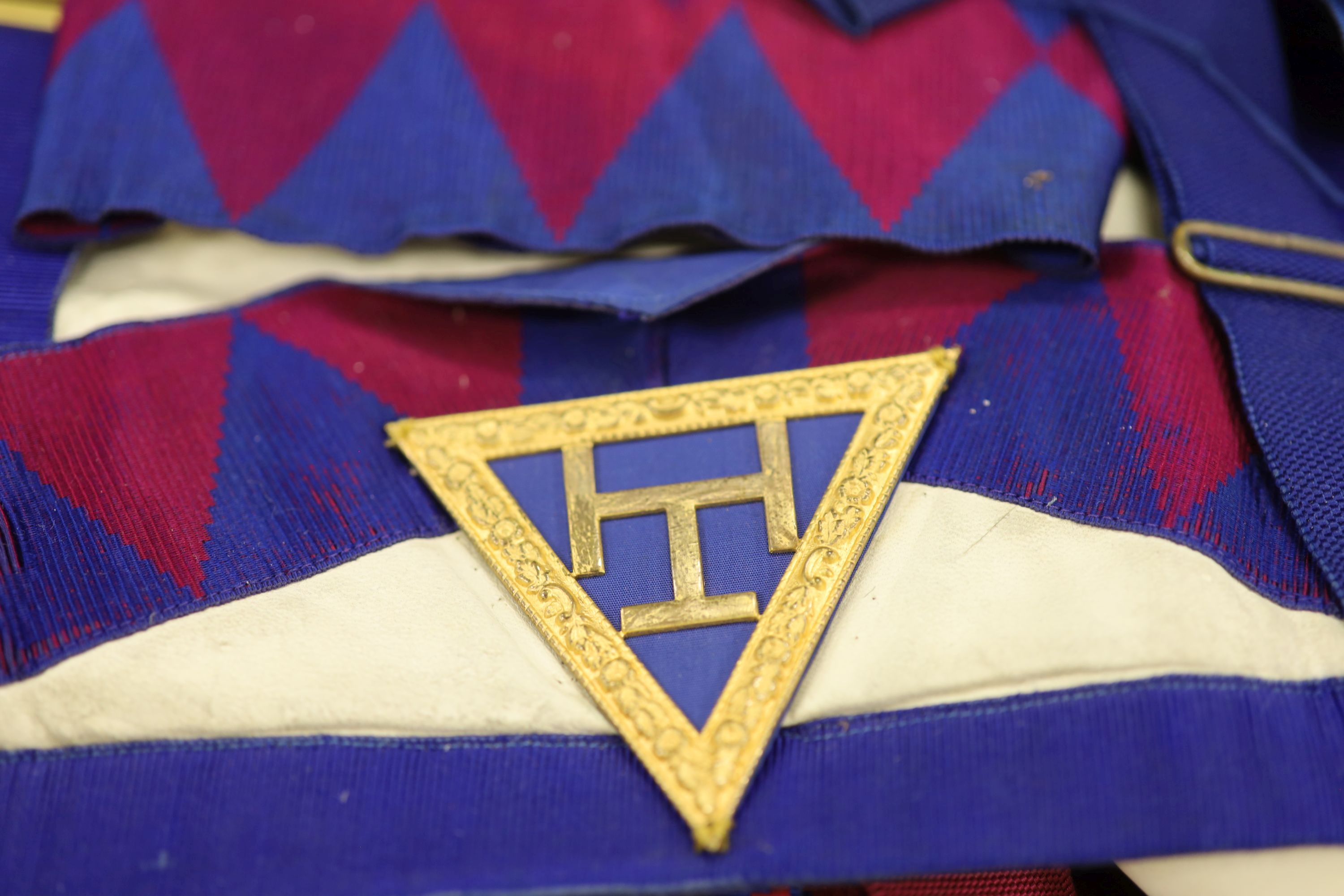 A large collection of Masonic aprons and sashes for London, etc. - Image 4 of 4