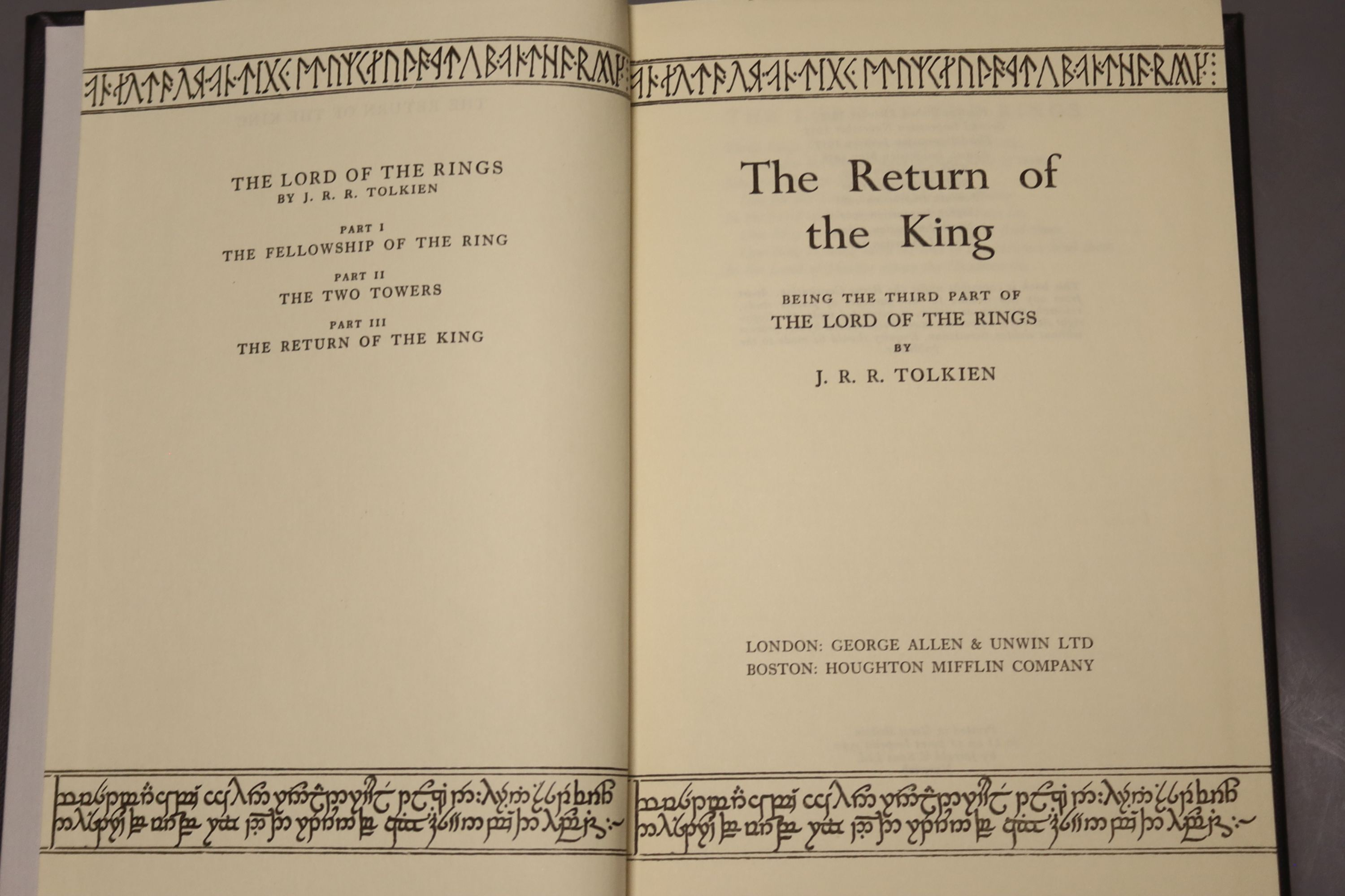 Tolkein, J.R.R. - The Fellowship of the Ring, The Two Towers, The Return of the King 1963, tenth and - Image 9 of 11