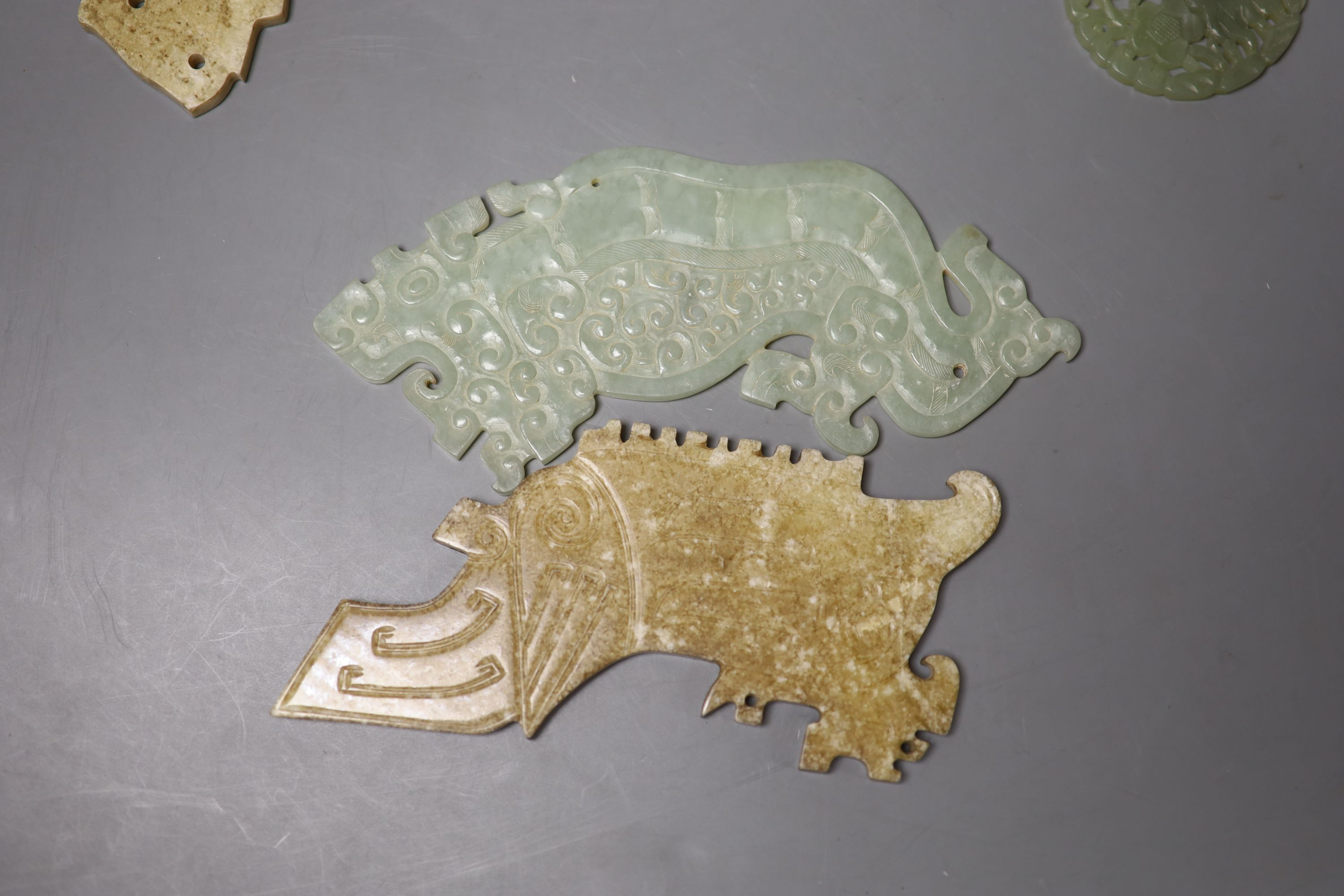 Eight Chinese jade or hardstone plaques or figures - Image 2 of 5