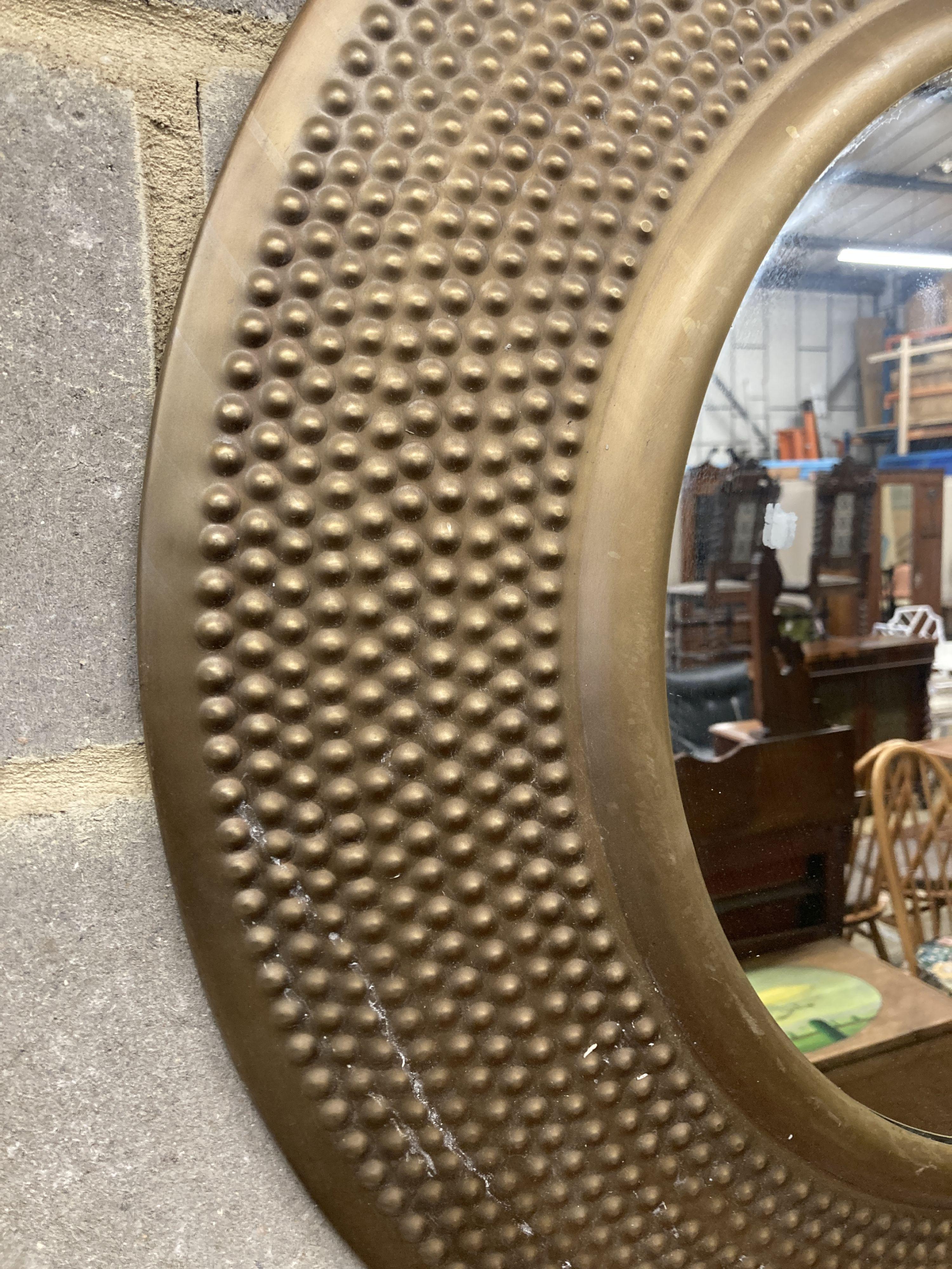 A modern contemporary circular wall mirror, diameter 80cm - Image 2 of 3