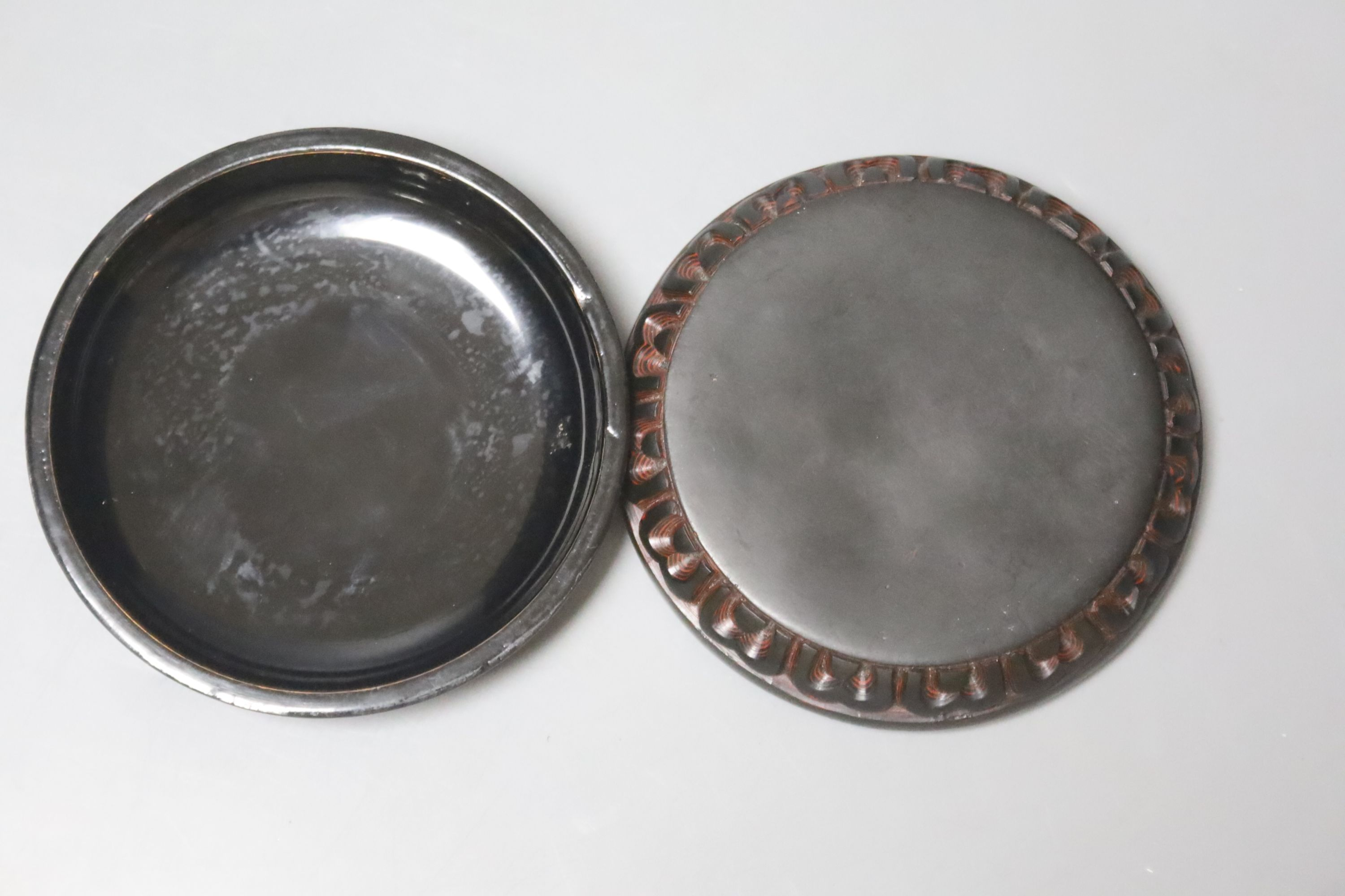 A Chinese 'tixi' lacquer circular box and cover, 8cm diameter - Image 3 of 3