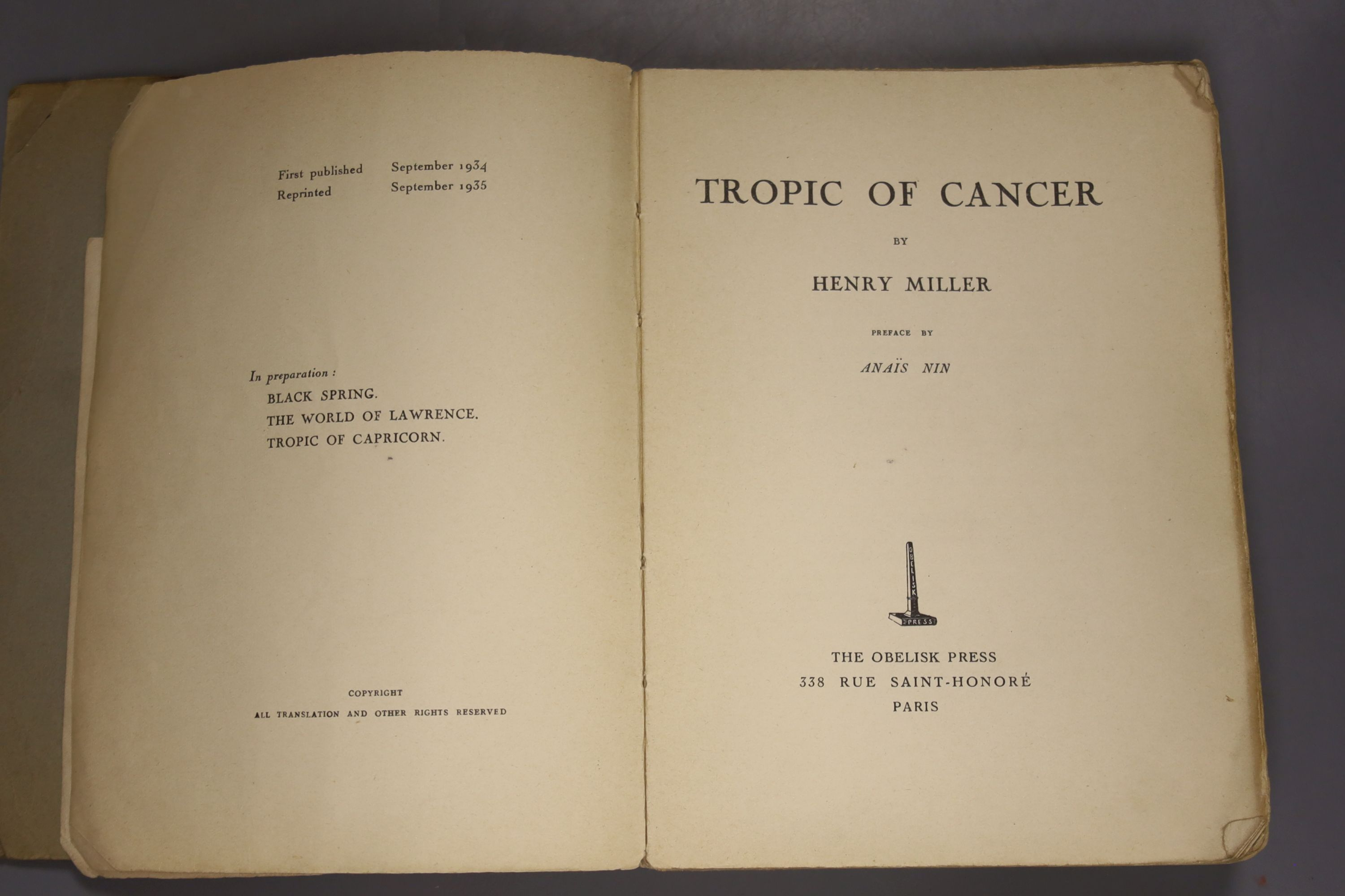 Miller, Henry – The Tropic of Cancer. Preface by Anais Nin, grey wrappers, Paris: The Obelisk Press, - Image 2 of 3
