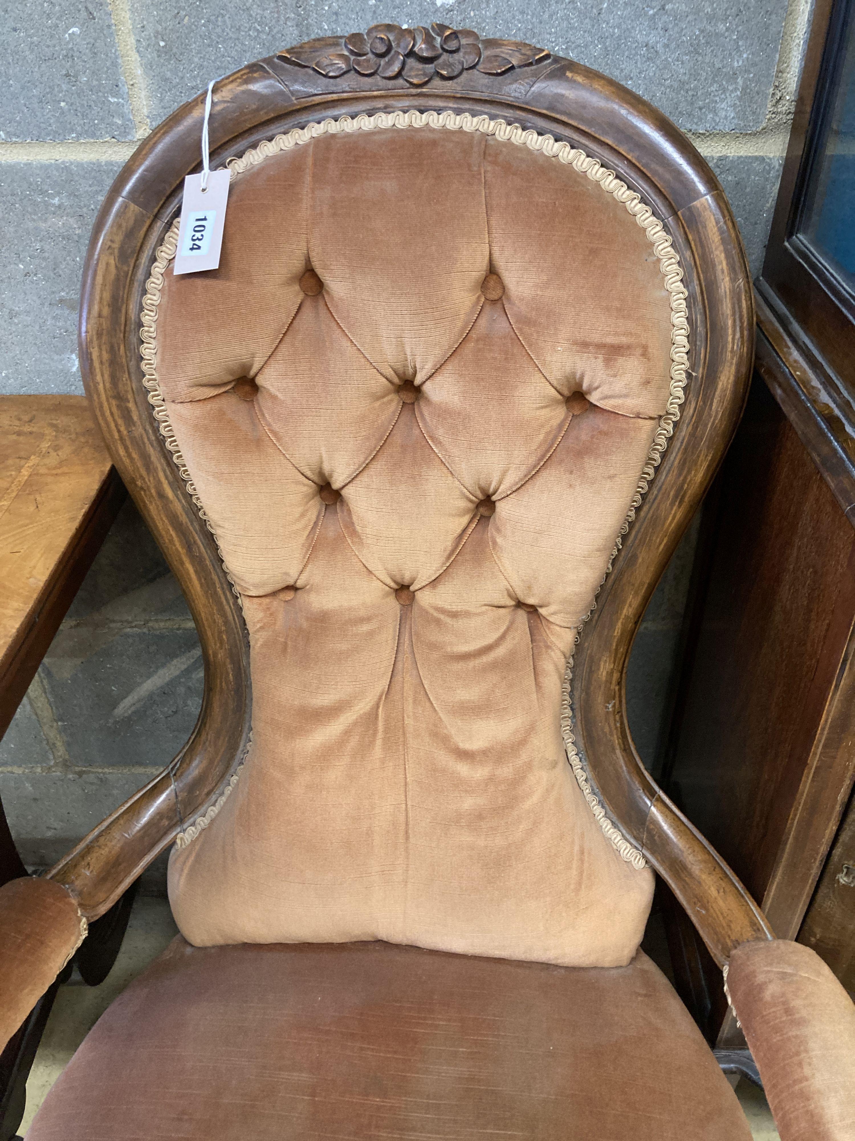A Victorian walnut spoonback open armchair - Image 2 of 4