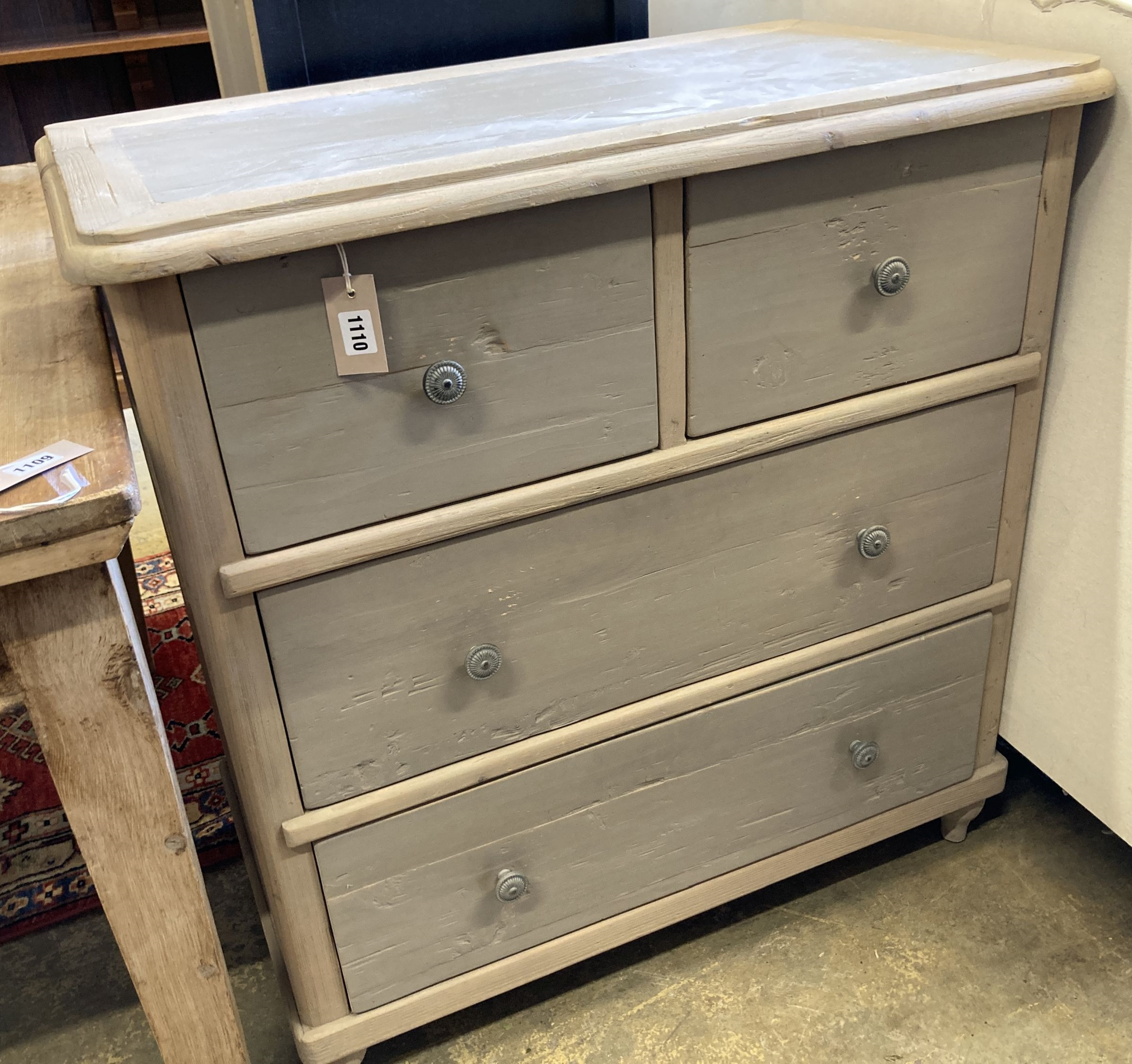 A contemporary 'loaf' furniture painted four drawer chest, width 84cm, depth 48cm, height 88cm