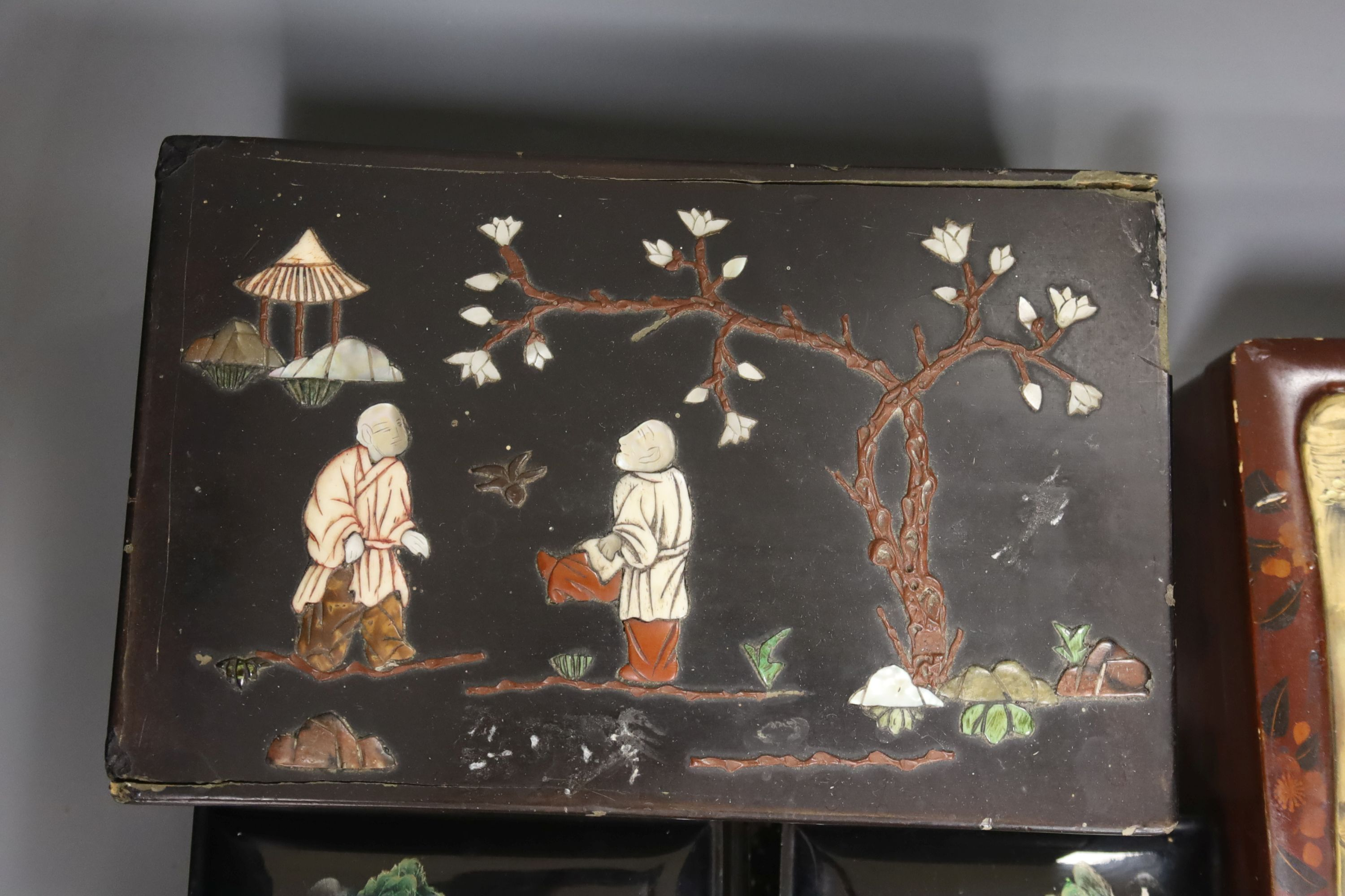 A collection of Chinese lacquered, carved hardwood and other boxes (11) - Image 8 of 9