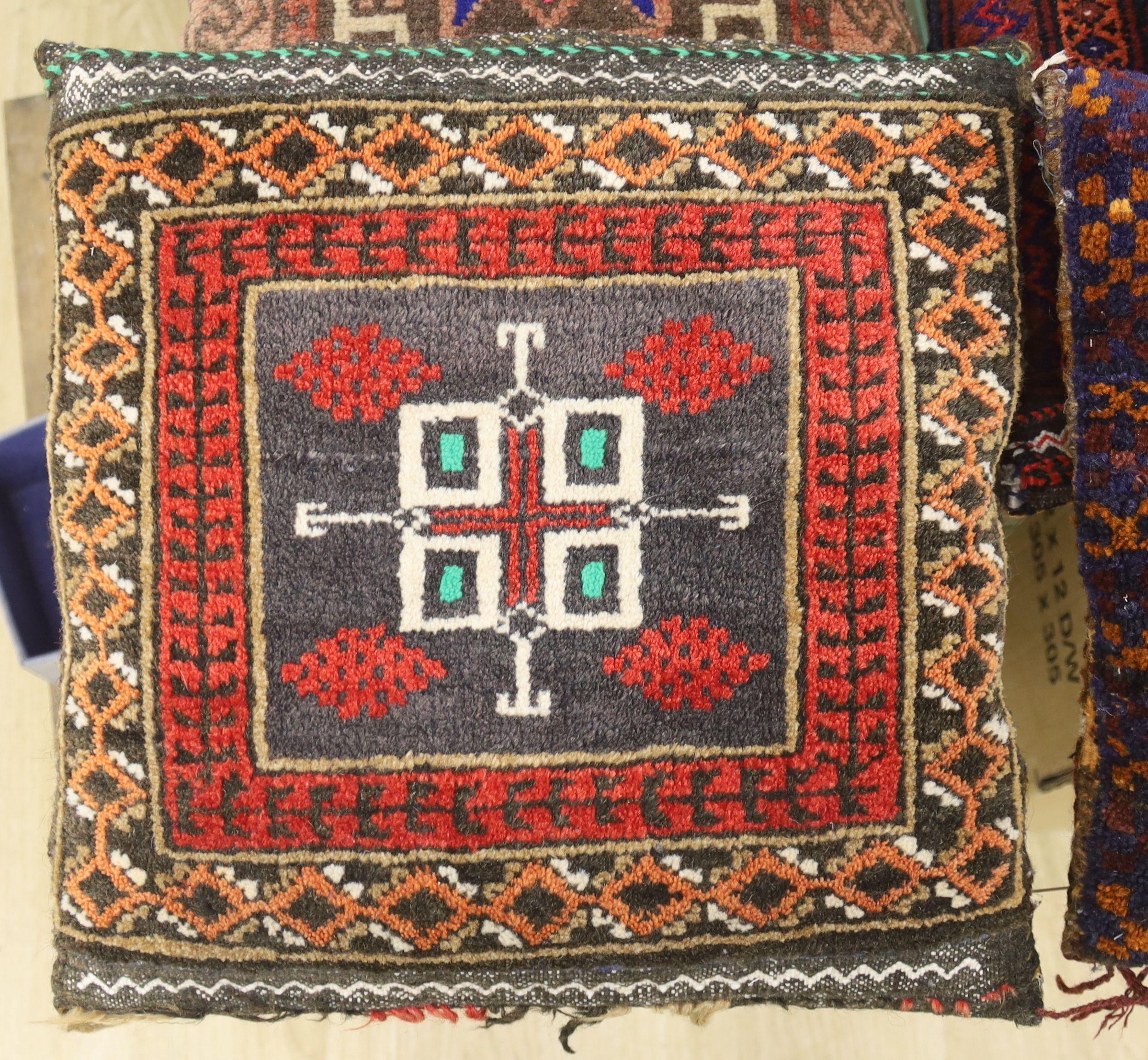 Four Kelim cushions - Image 2 of 6