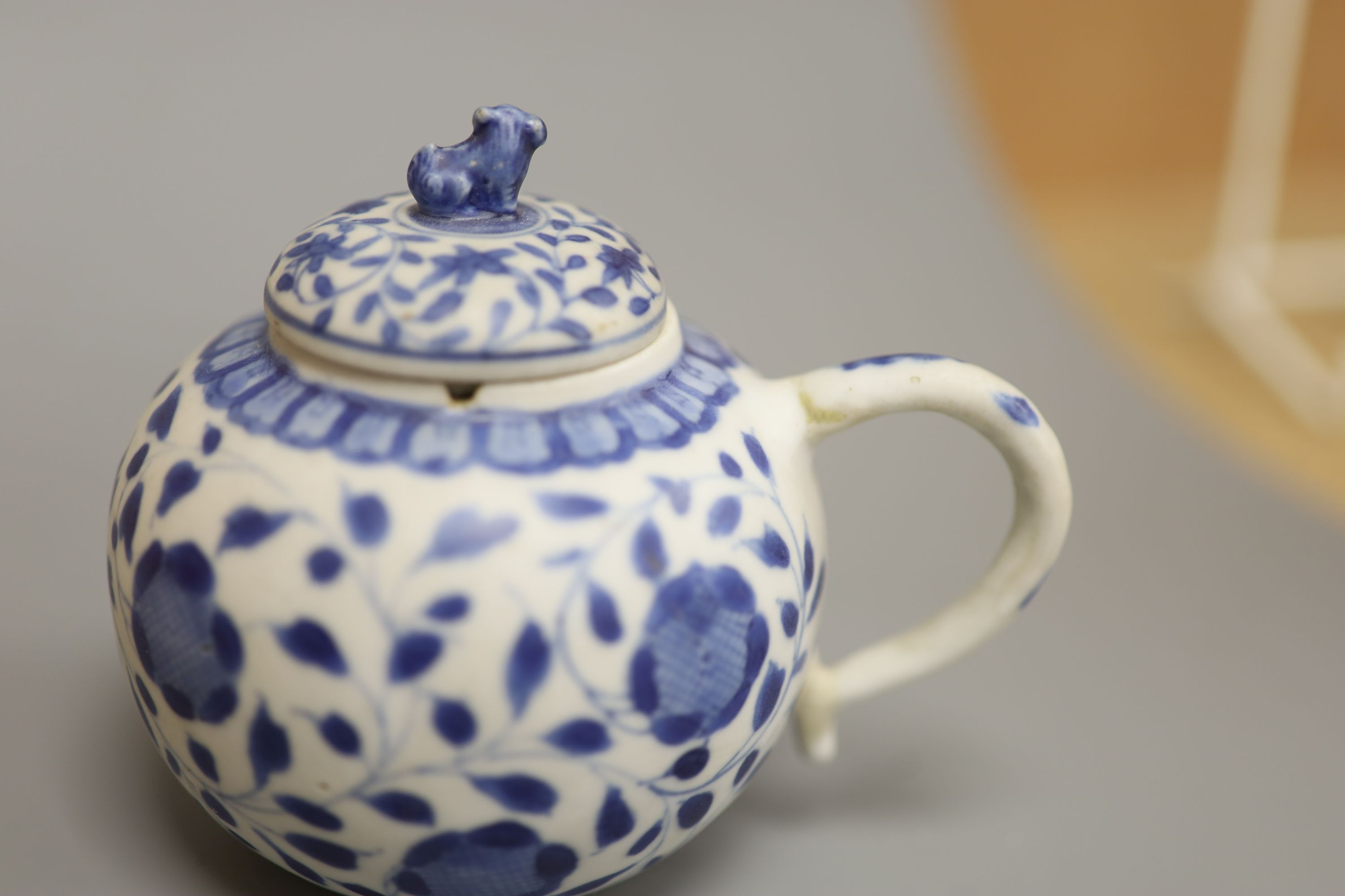 A Chinese Vungtao cargo blue and white mustard pot and cover, height 9cm - Image 3 of 7