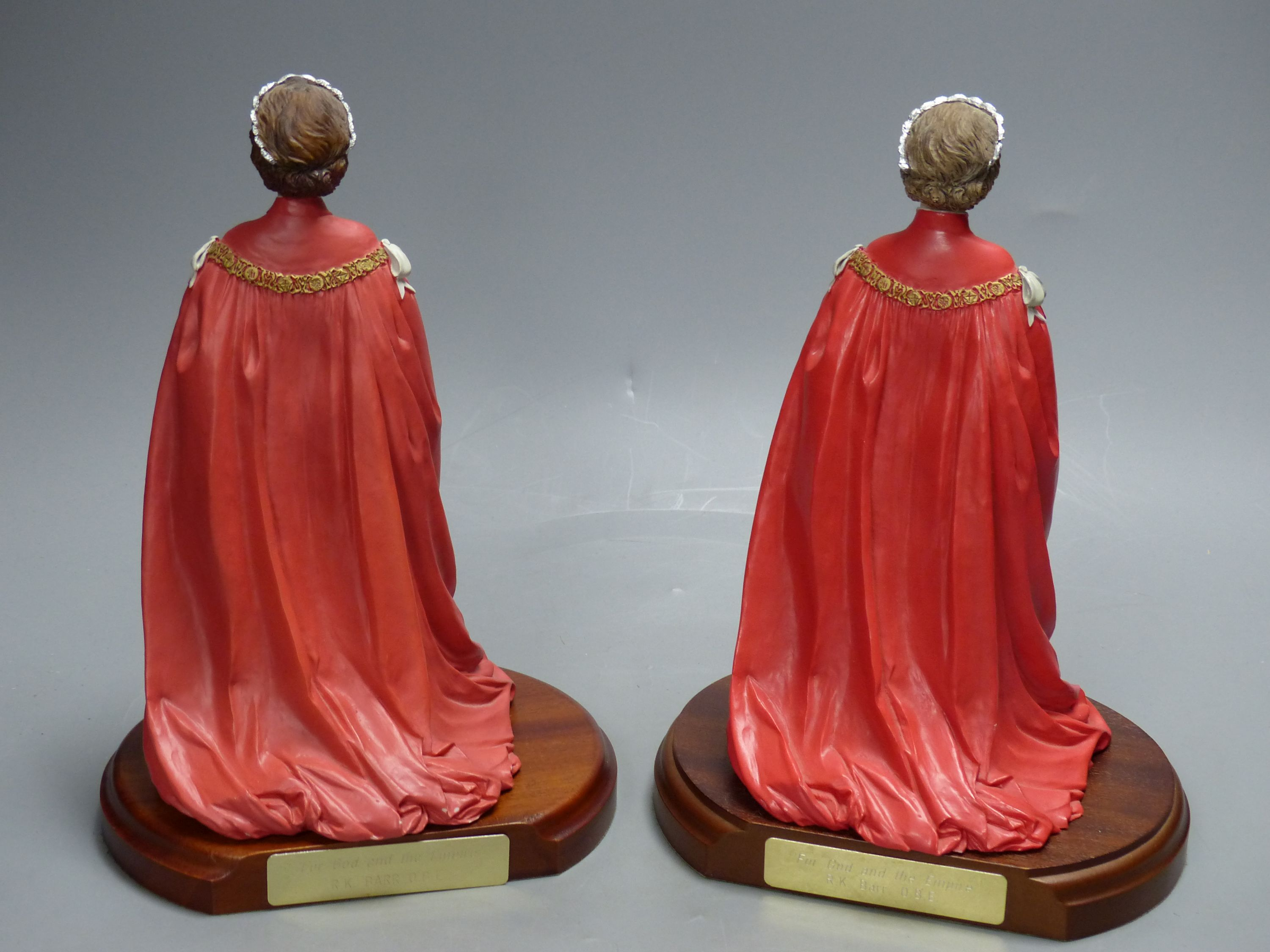 Two cold-cast porcelain figures of HM Queen Elizabeth II by Timothy Potts,commissioned for those - Image 5 of 5
