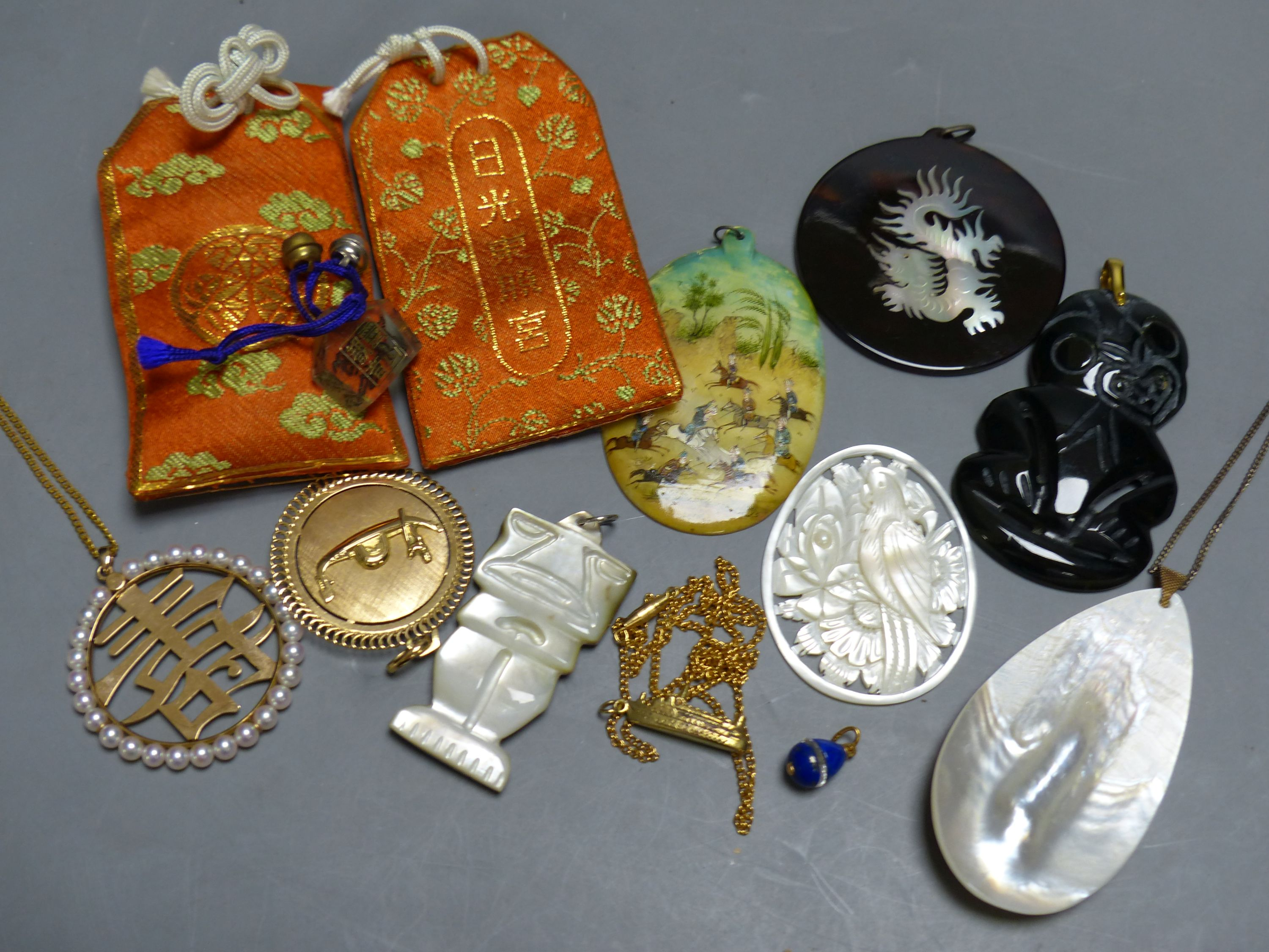 Miscellaneous decorative items, including a Mughal oval miniature on mother of pearl of polo - Image 3 of 5