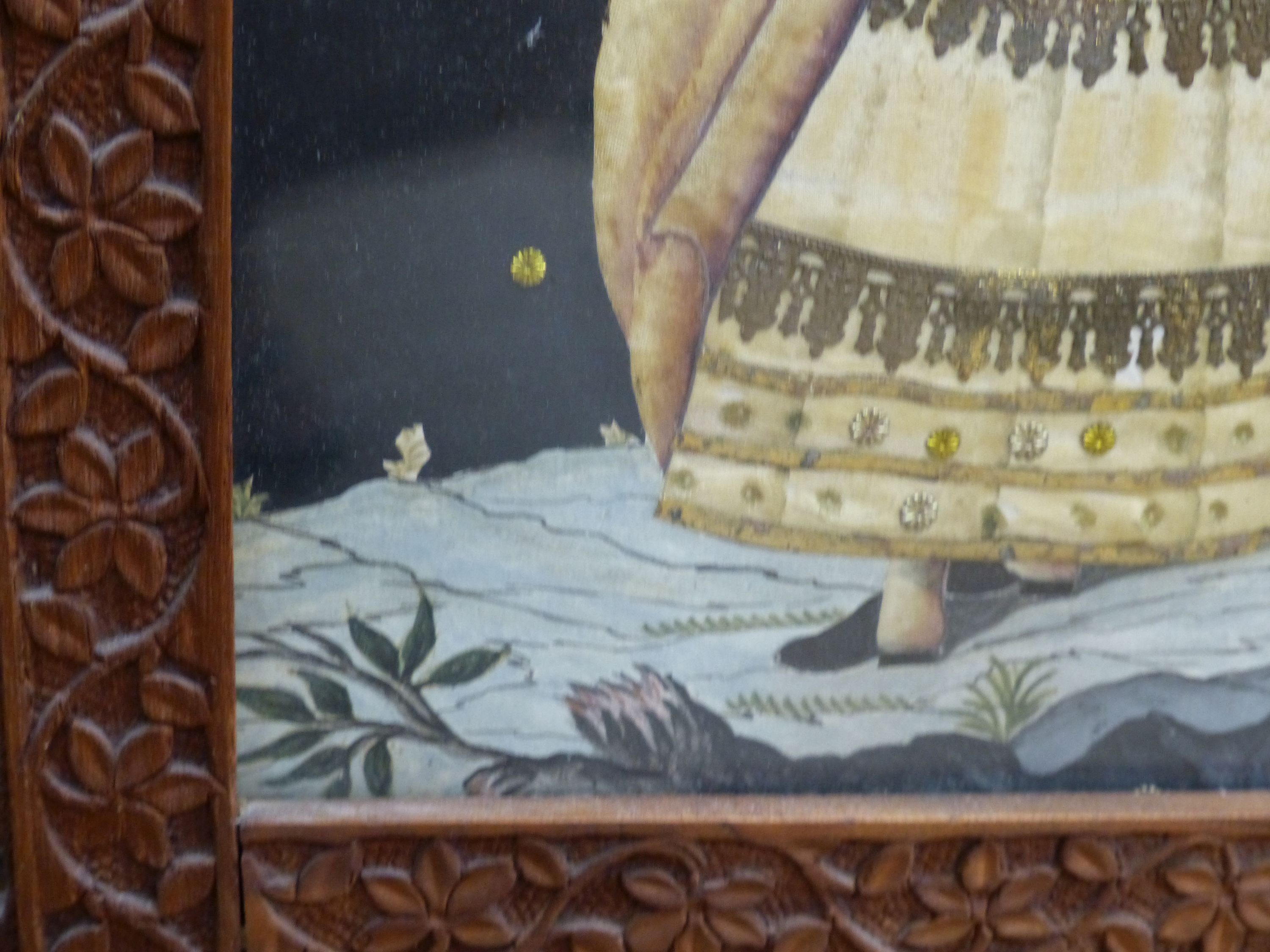 An early 19th century painted silk and gilt metal portraitdepicting a young woman wearing - Image 5 of 7