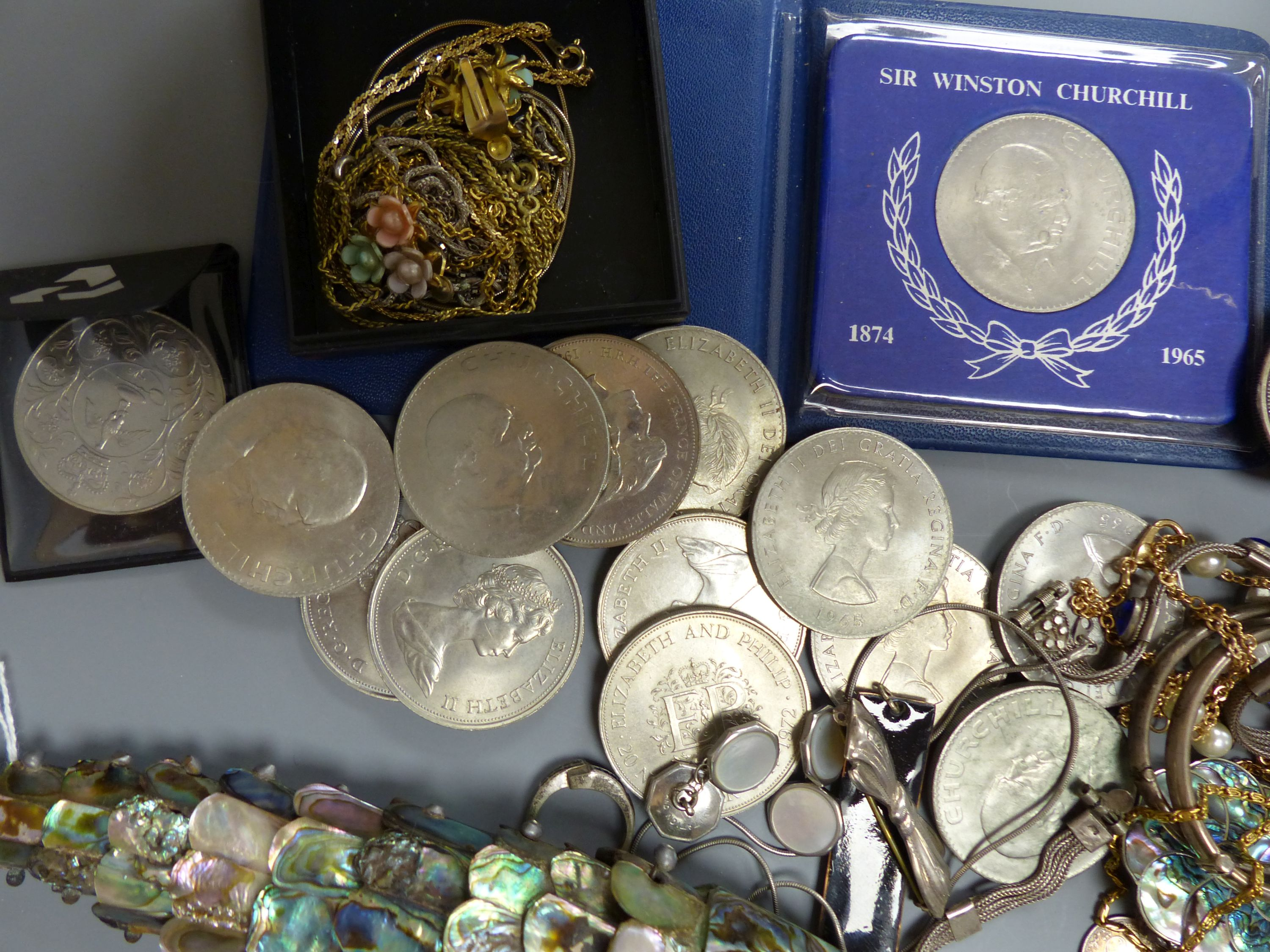 A quantity of mixed costume jewellery, an articulated fish, coins etc - Image 5 of 5