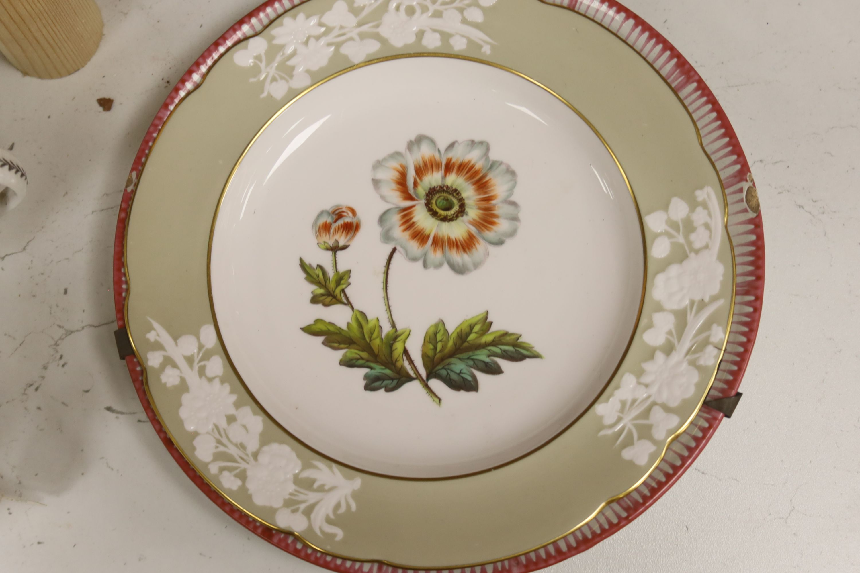 A group of late 18th / early 19th century English porcelain teaware and plates,together with a - Image 2 of 6
