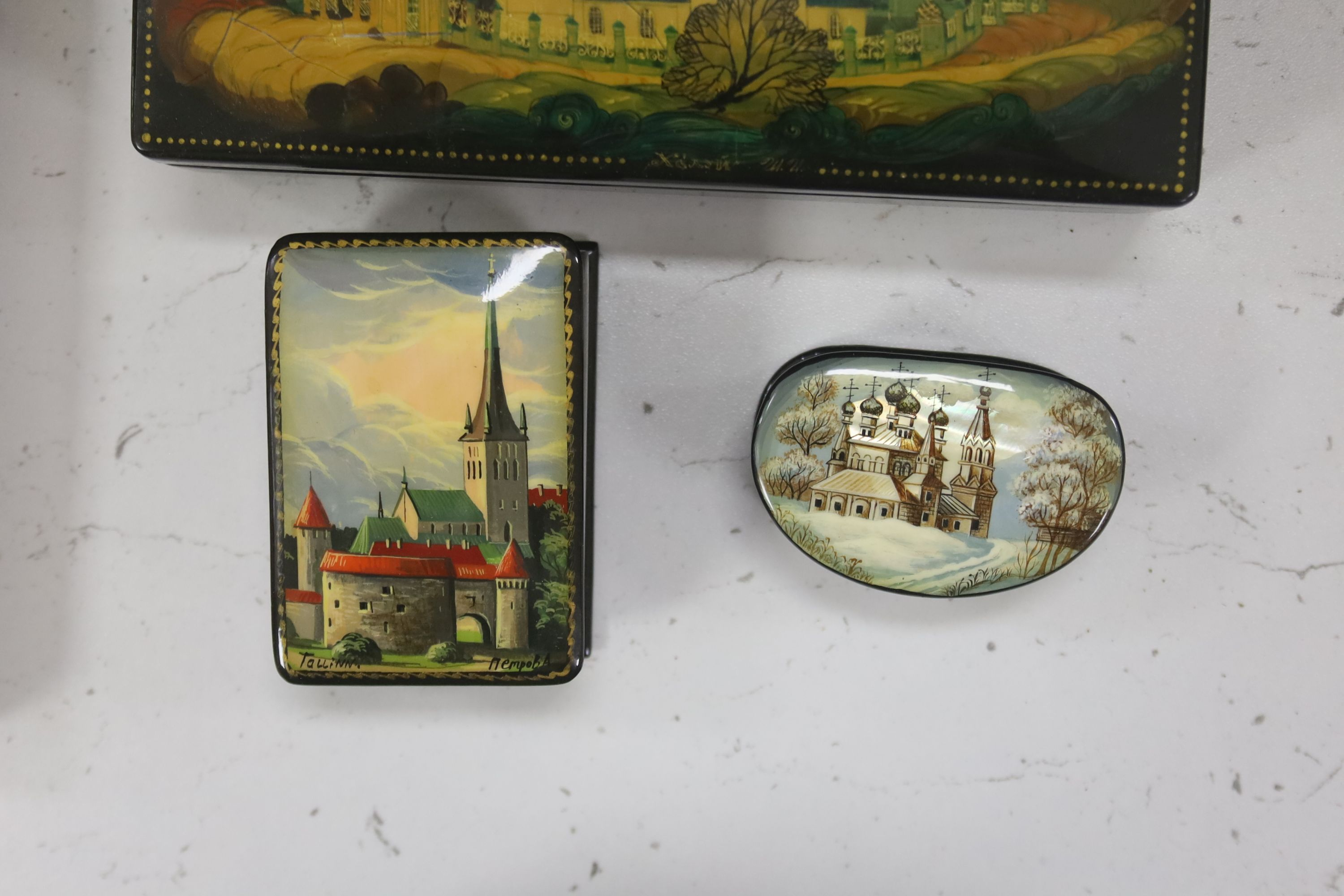 Six Russian Papier mache boxes, each decorated with churches or cathedrals, largest 17 cm - Image 2 of 6