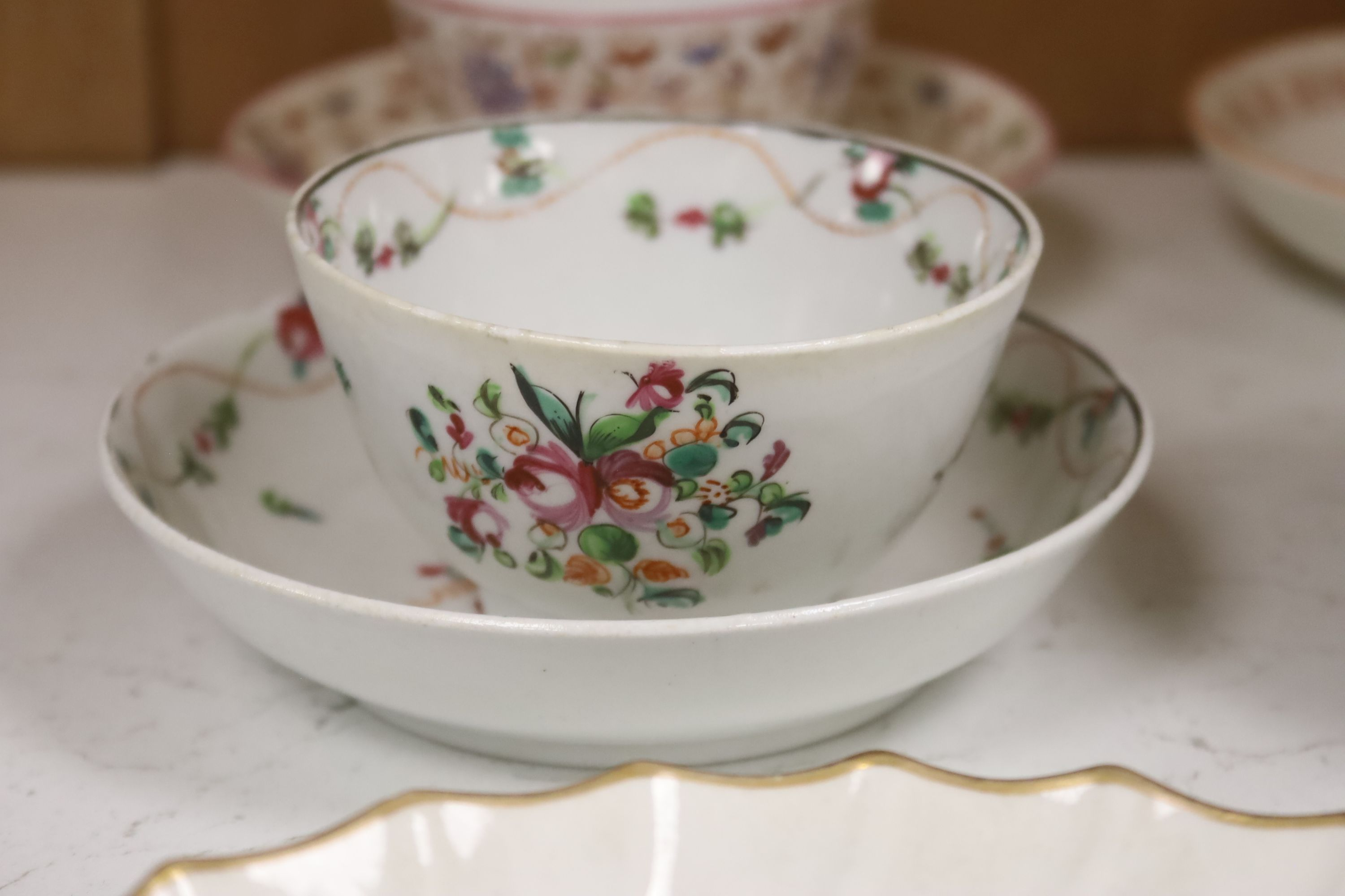 A group of late 18th / early 19th century English porcelain teaware and plates,together with a - Image 6 of 6
