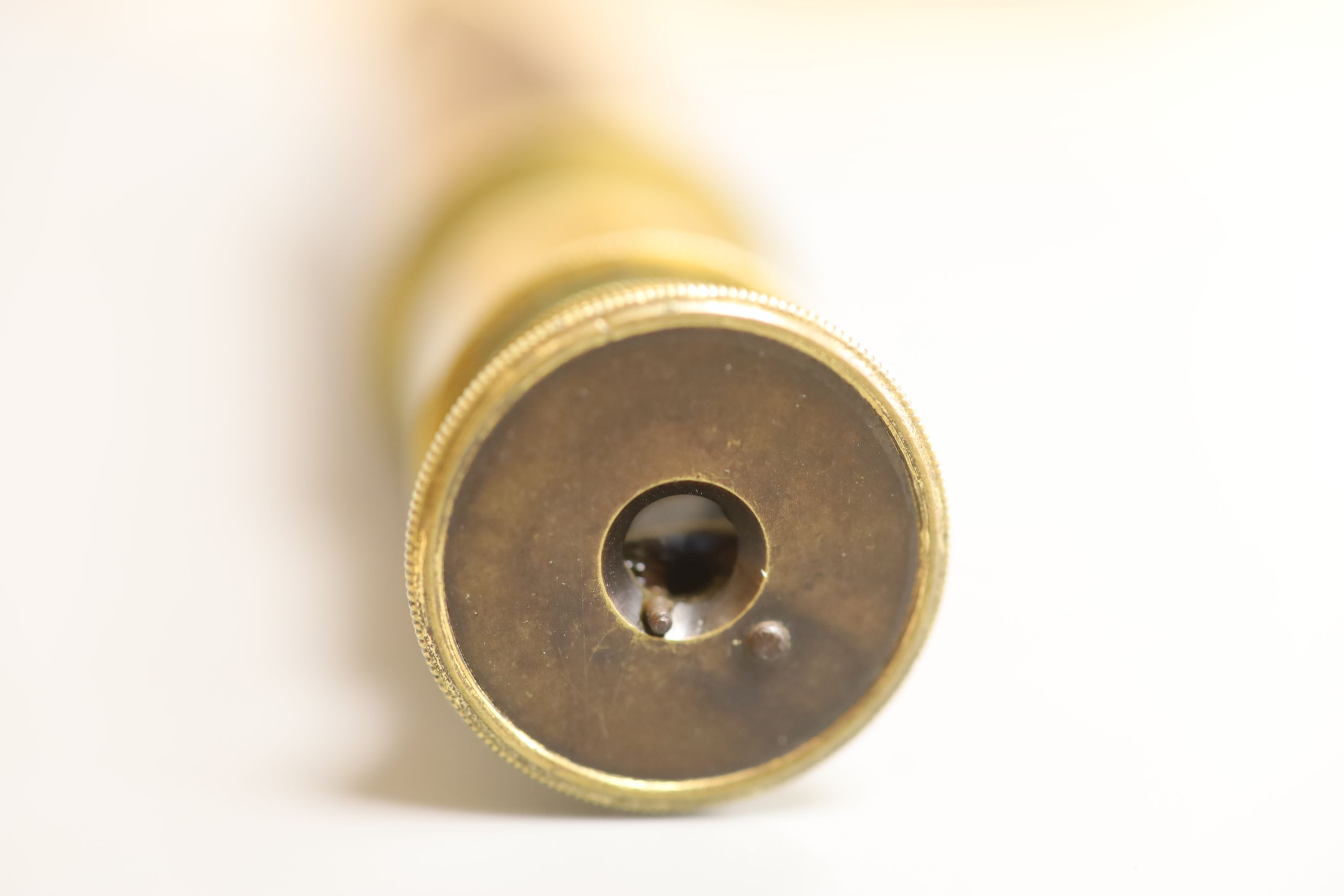 An early 20th century brass and mahogany three drawer telescope, overall length 40.5cm extended - Image 3 of 4