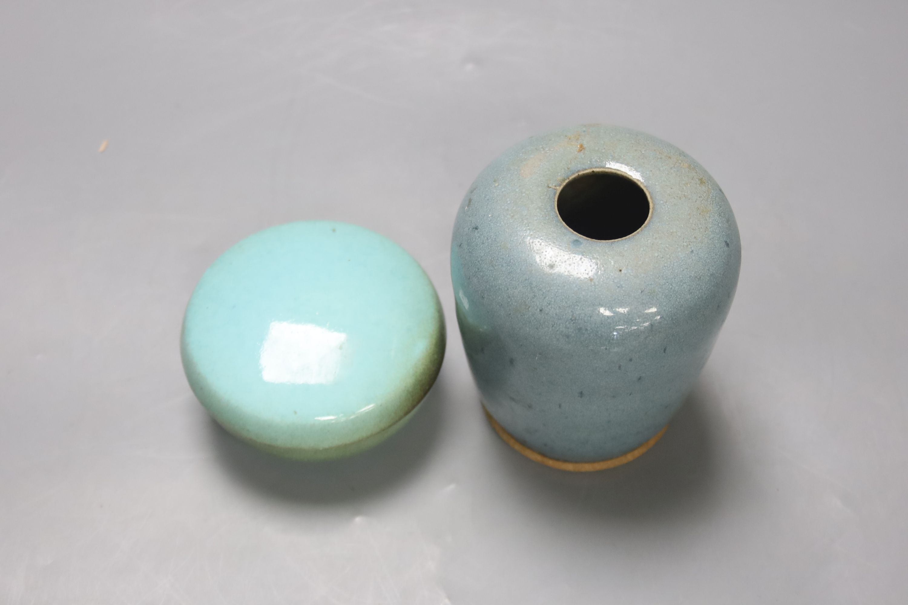 A robin's-egg glazed Studio pottery vase, height 11.5cm, and a box - Image 2 of 4