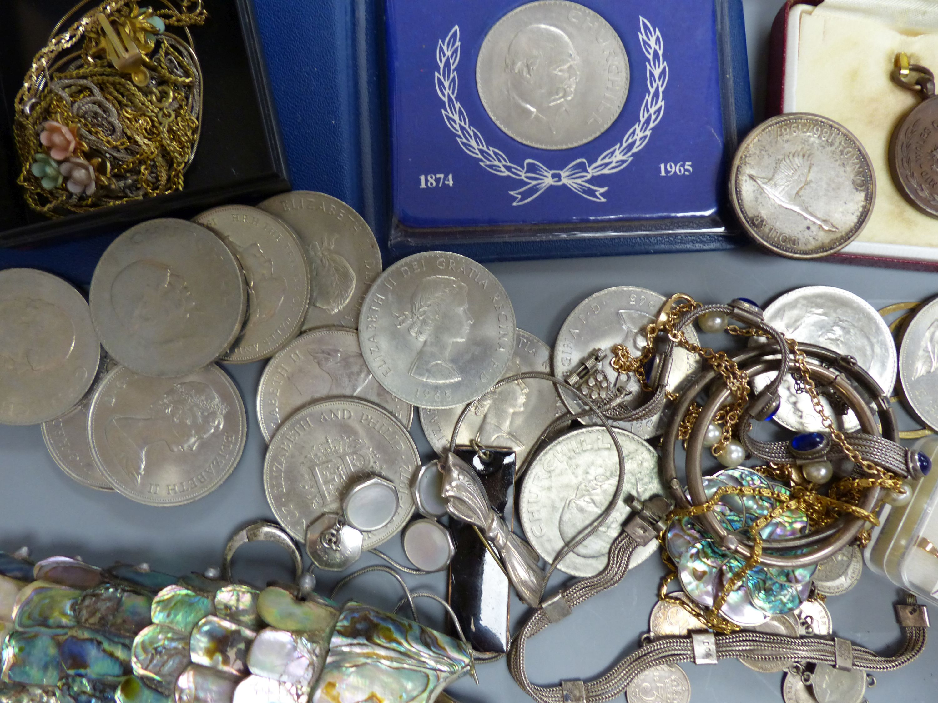 A quantity of mixed costume jewellery, an articulated fish, coins etc - Image 4 of 5