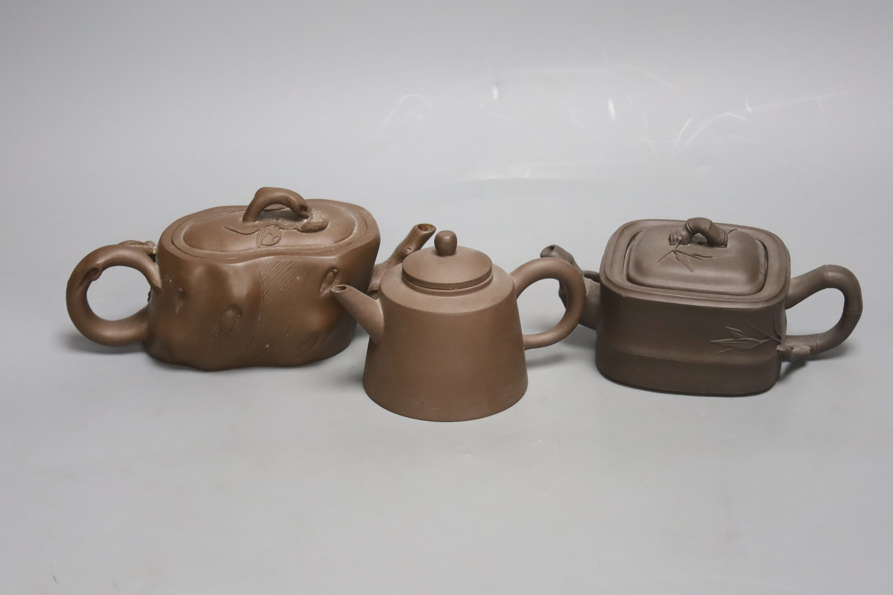 Three Chinese Yixing teapots - Image 2 of 4