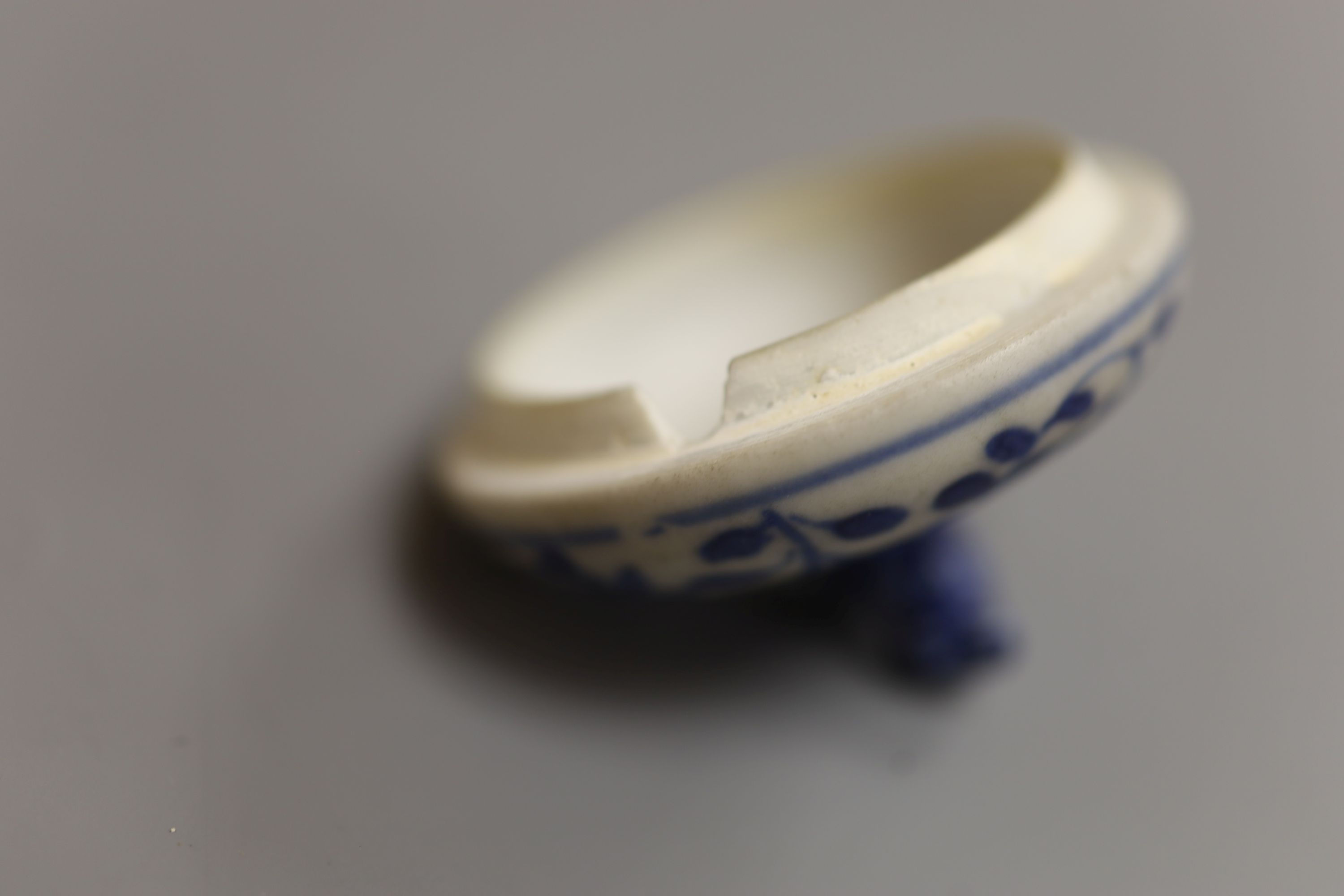 A Chinese Vungtao cargo blue and white mustard pot and cover, height 9cm - Image 6 of 7