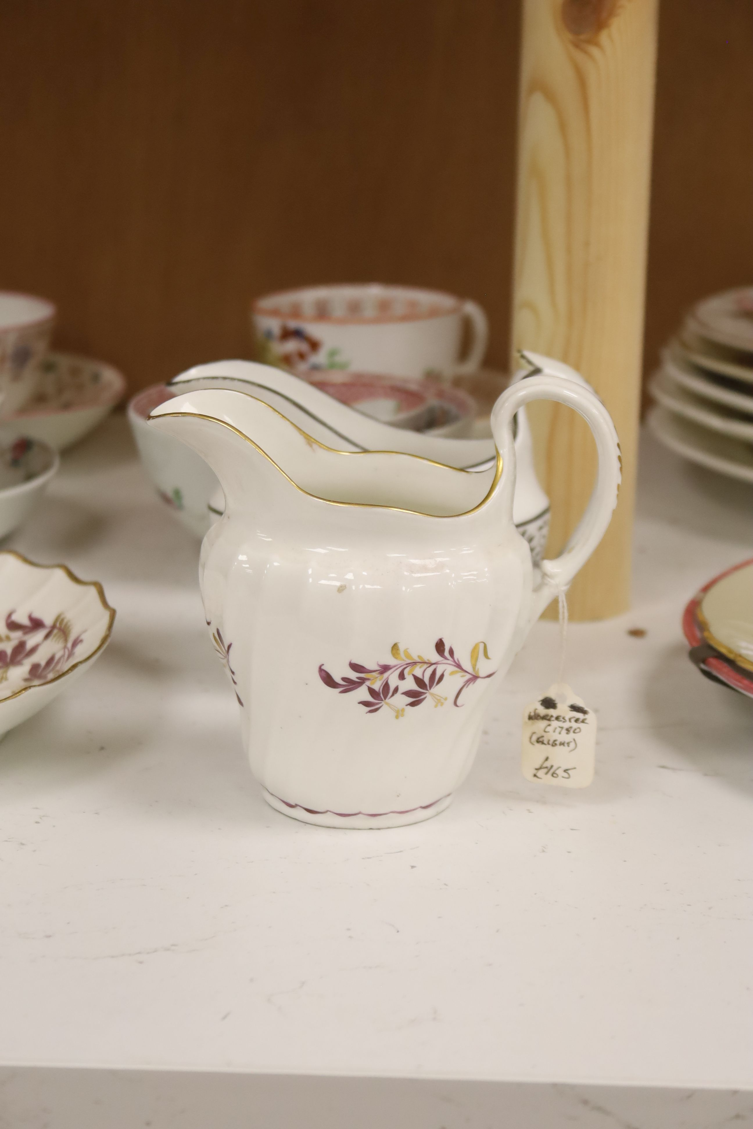 A group of late 18th / early 19th century English porcelain teaware and plates,together with a - Image 4 of 6