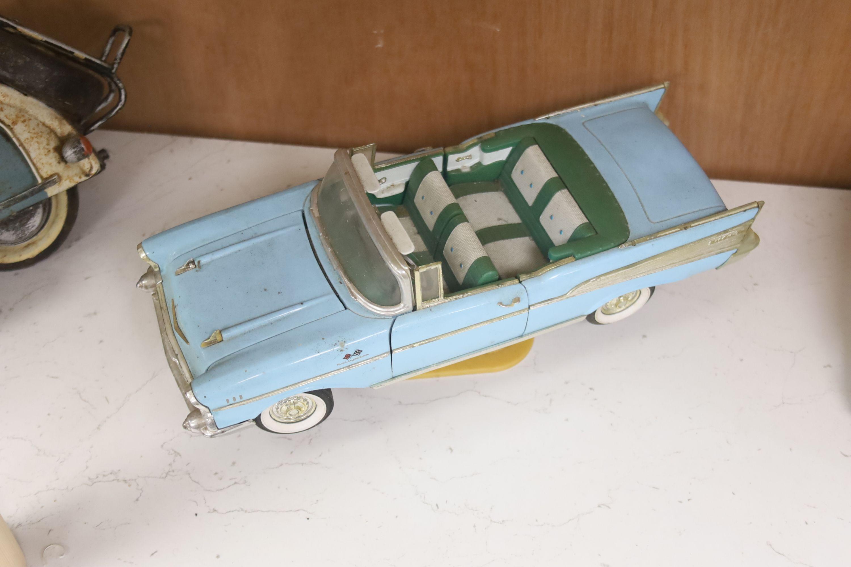 A model of a VW Camper van, a Lambretta and a 1950s Cadalac - Image 3 of 4