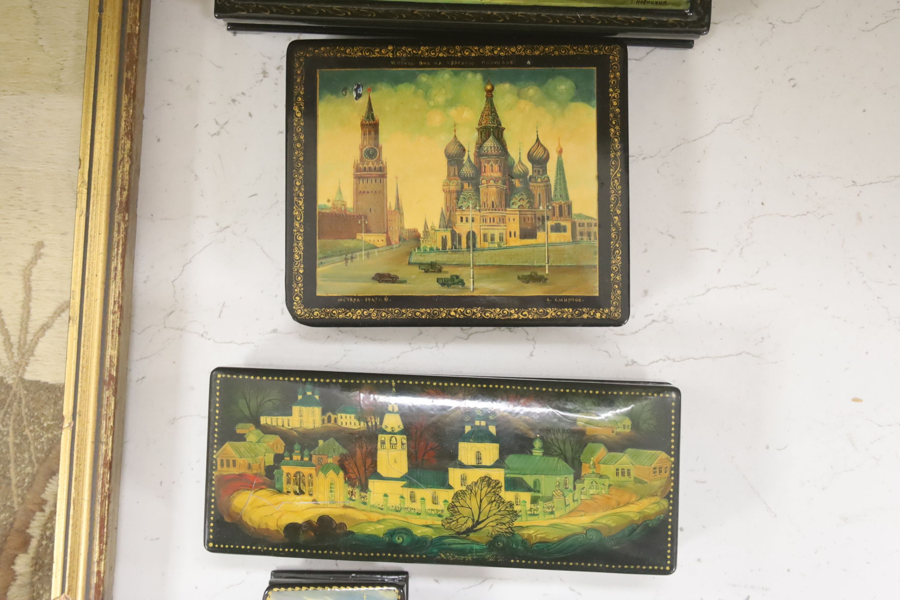 Six Russian Papier mache boxes, each decorated with churches or cathedrals, largest 17 cm - Image 3 of 6