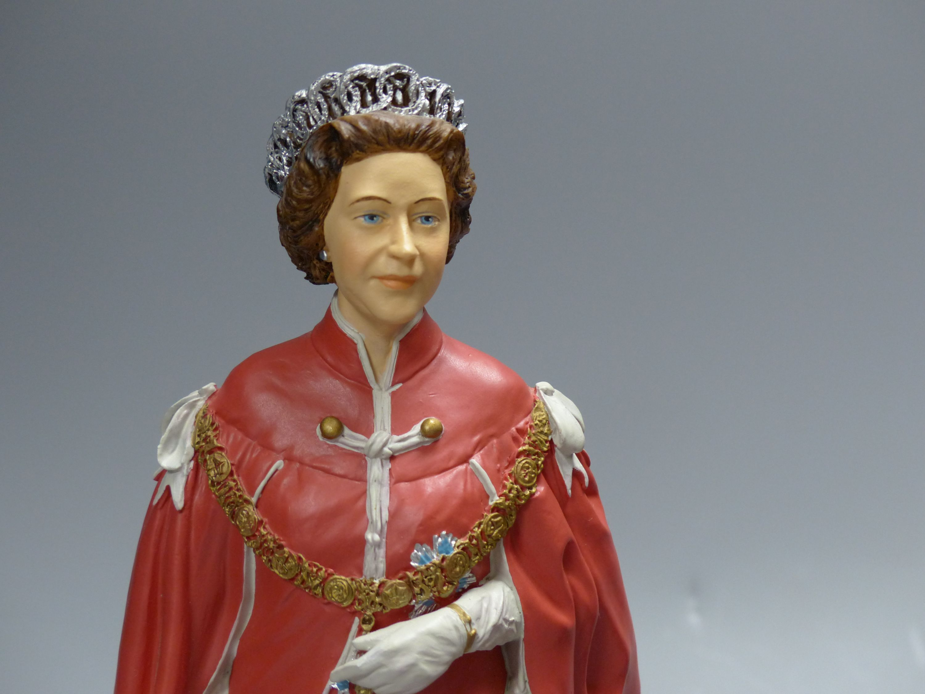Two cold-cast porcelain figures of HM Queen Elizabeth II by Timothy Potts,commissioned for those - Image 2 of 5
