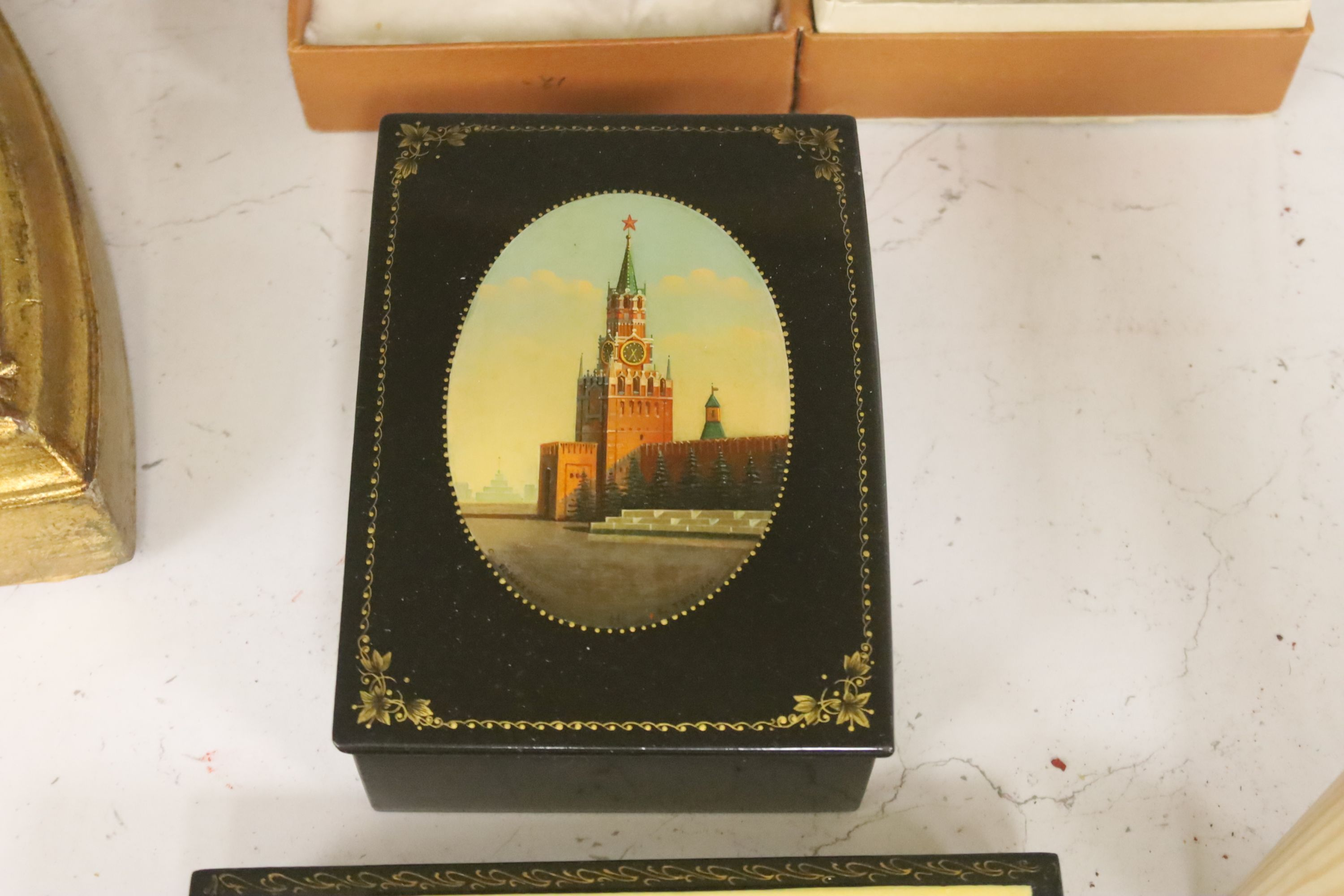 Six Russian Papier mache boxes, each decorated with churches or cathedrals, largest 17 cm - Image 5 of 6