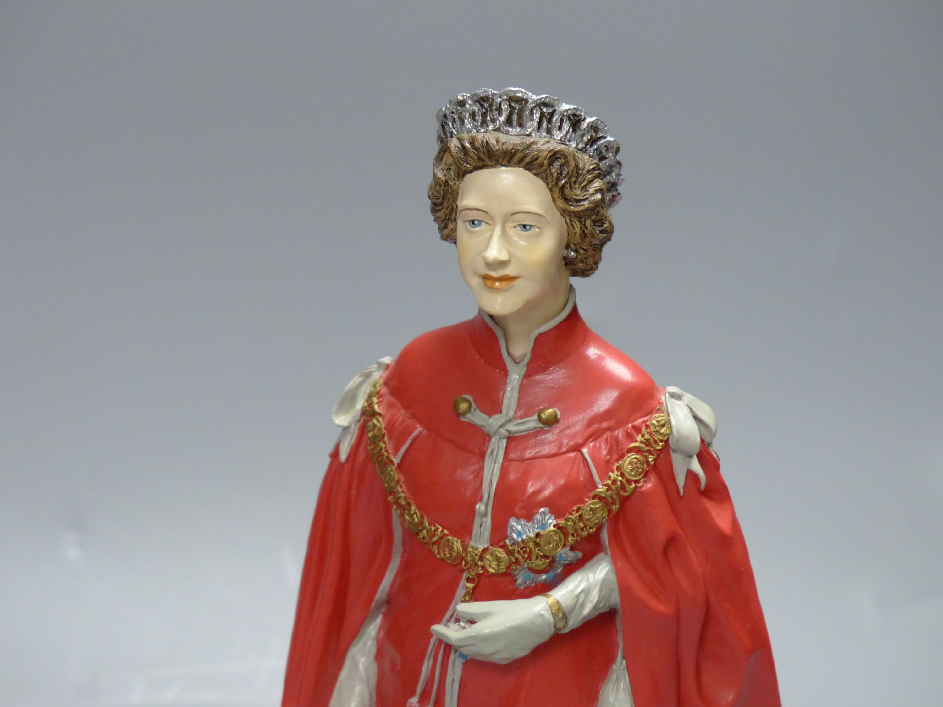 Two cold-cast porcelain figures of HM Queen Elizabeth II by Timothy Potts,commissioned for those - Image 3 of 5