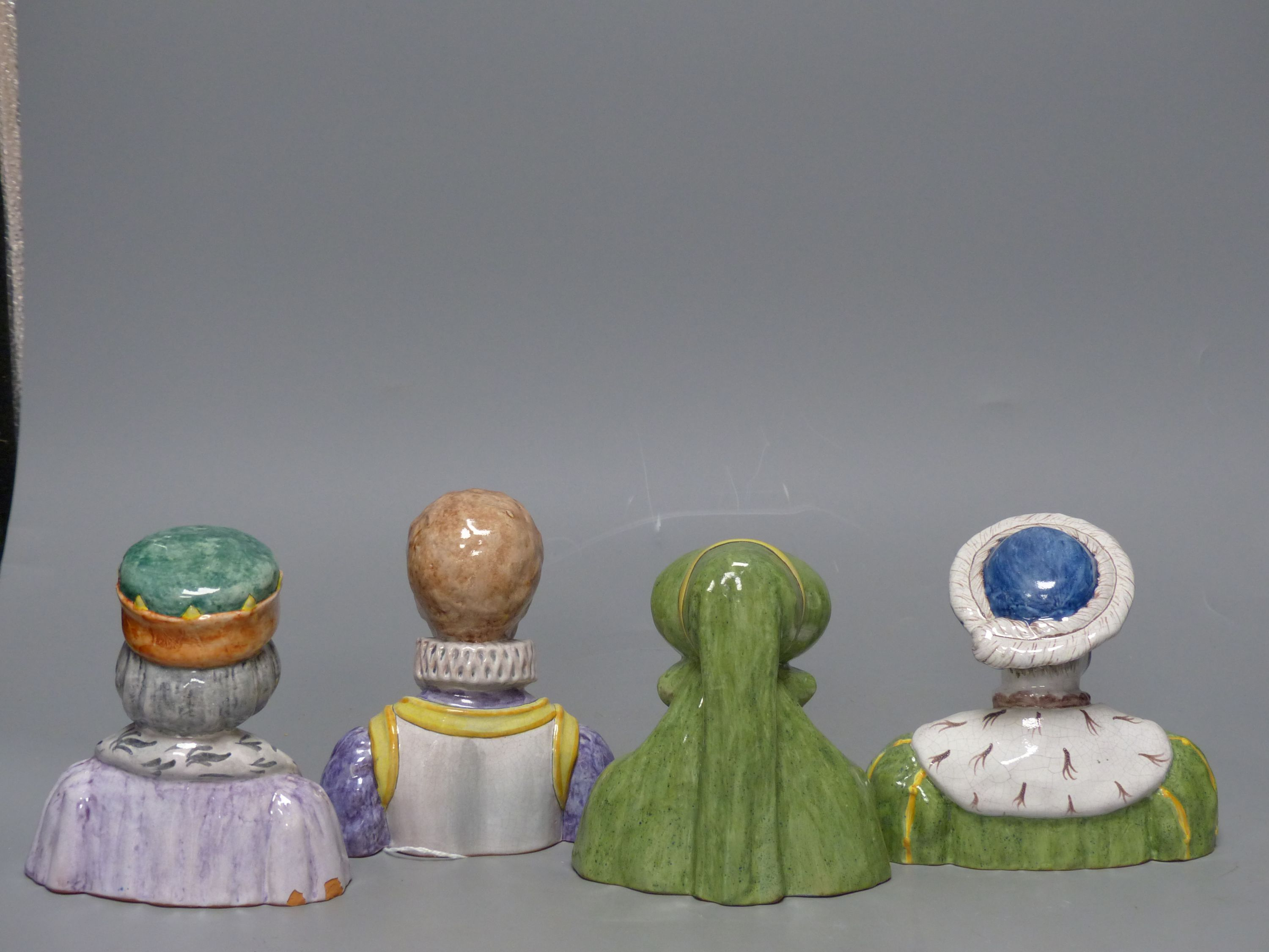 A French tin-glazed faience small bust of Catherine de Medici, another of Francois I and two - Image 3 of 5
