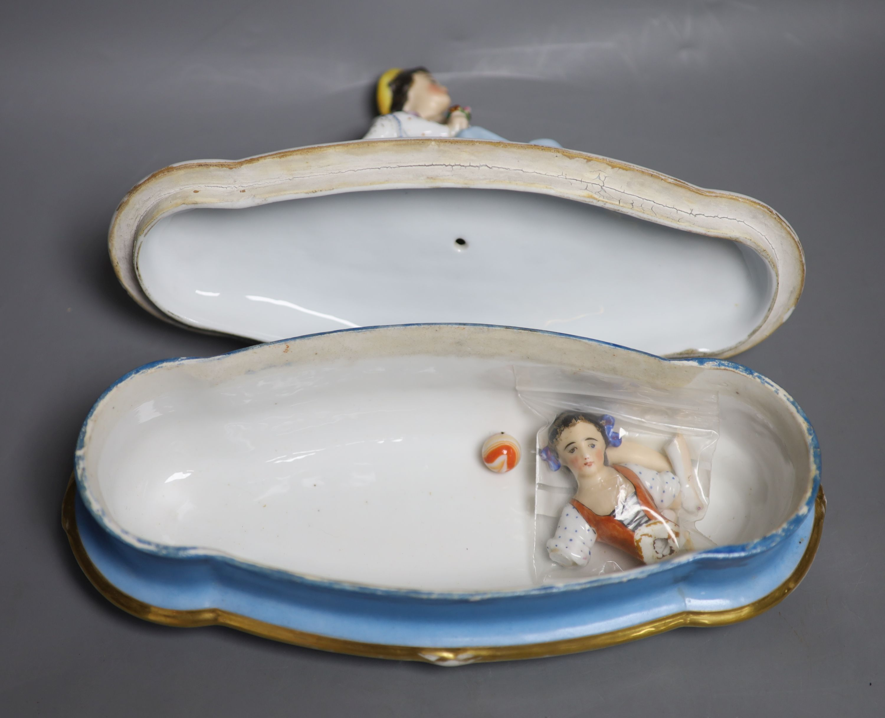 A Doulton silicon Lambeth planter, A Royal Doulton 'Spirit of Freedom' horse and a figural - Image 12 of 13