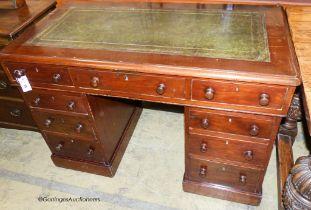 A Victorian mahogany pedestal desk, length 115cm, depth 61cm, height 79cm