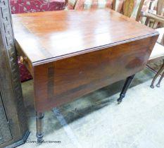A Regency rosewood banded mahogany Pembroke table, width 88cm, depth 53cm, height 72cm